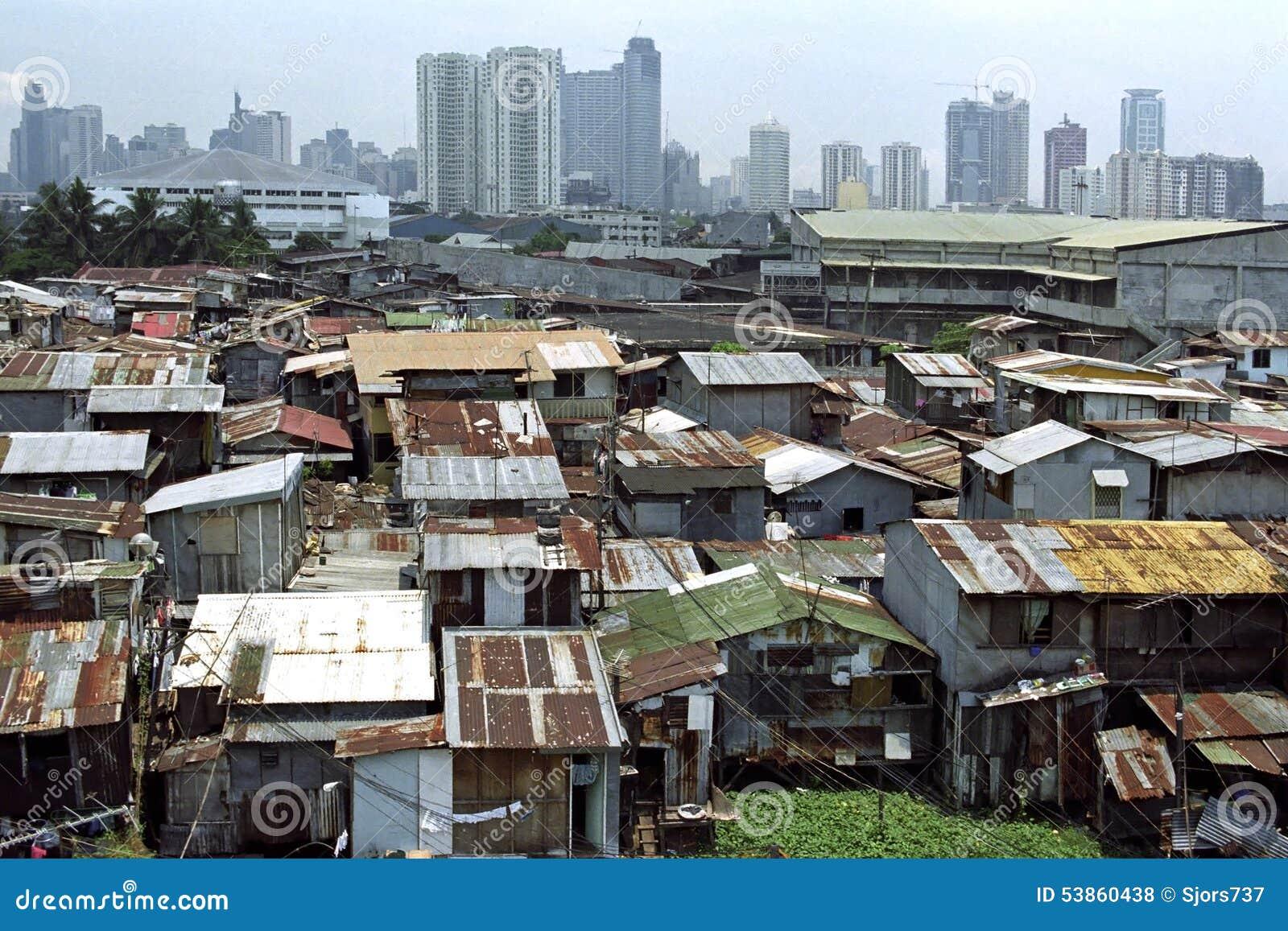 Kontrastera mellan rikt och fattigt, Manila, Filippinerna