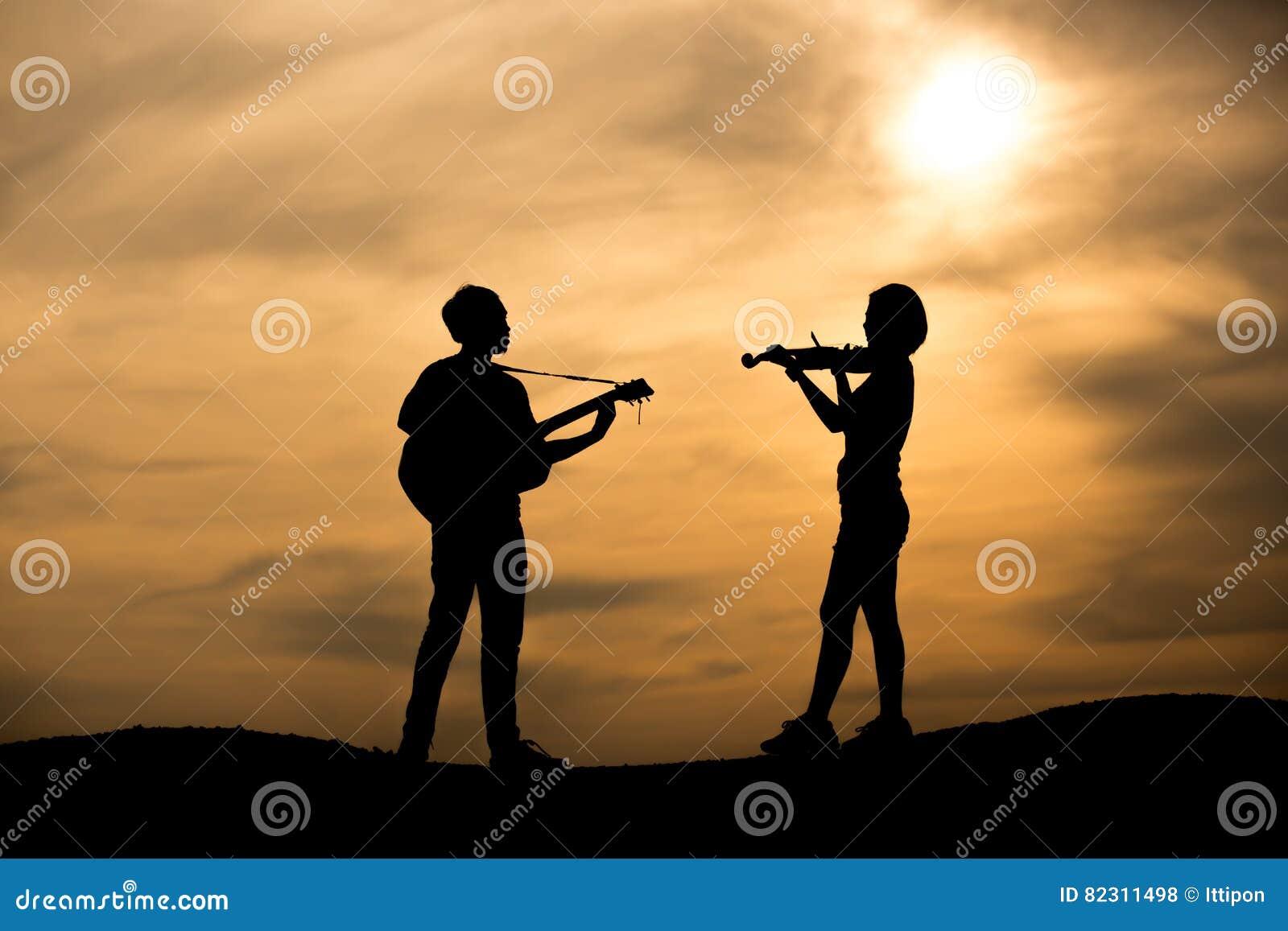 Kontur av musikern