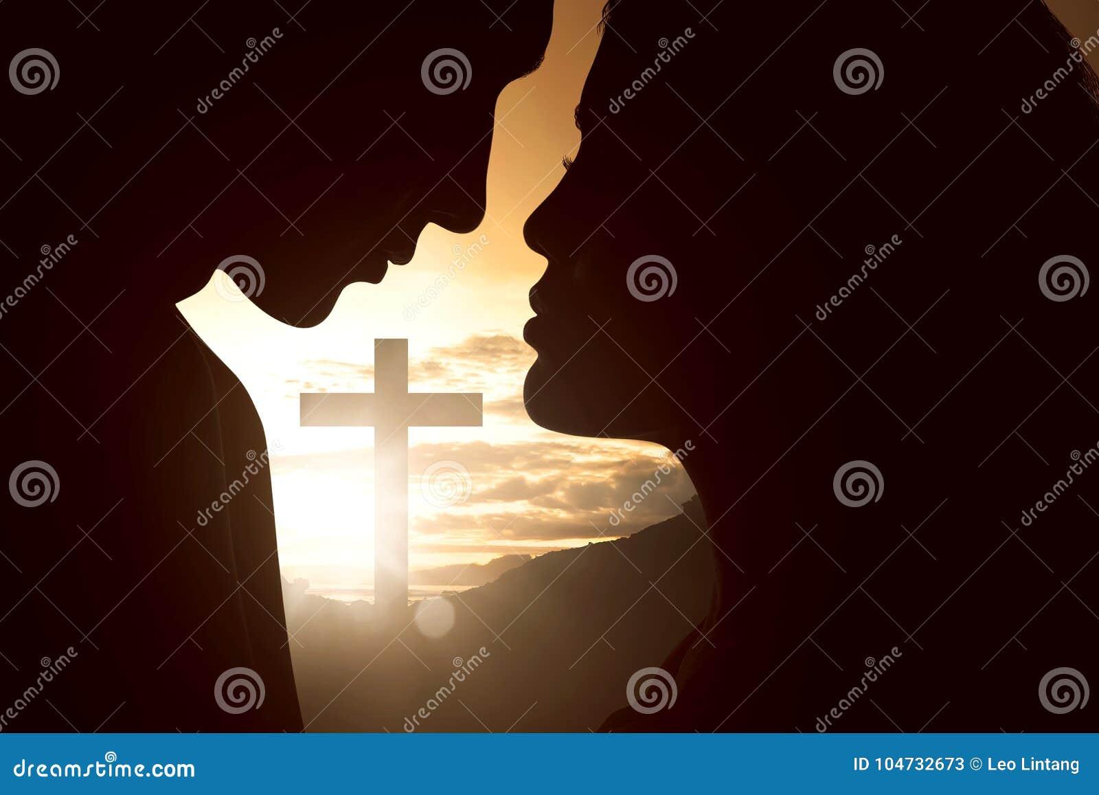Konturn av barn kopplar ihop att se de med kristen