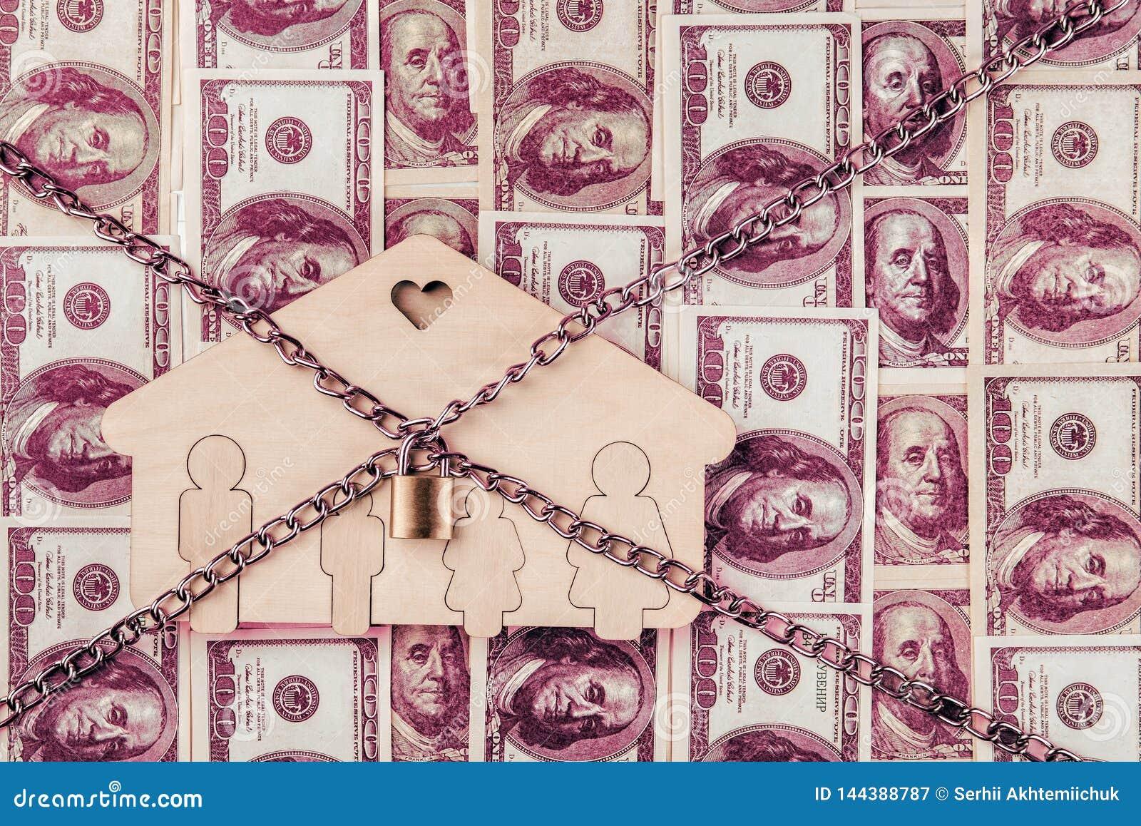 Konzept f?r Versuch, Konkurs, Steuer, Hypothek, die bietende Auktion, die gerichtliche Verfallserkl?rung oder erben Real Estate