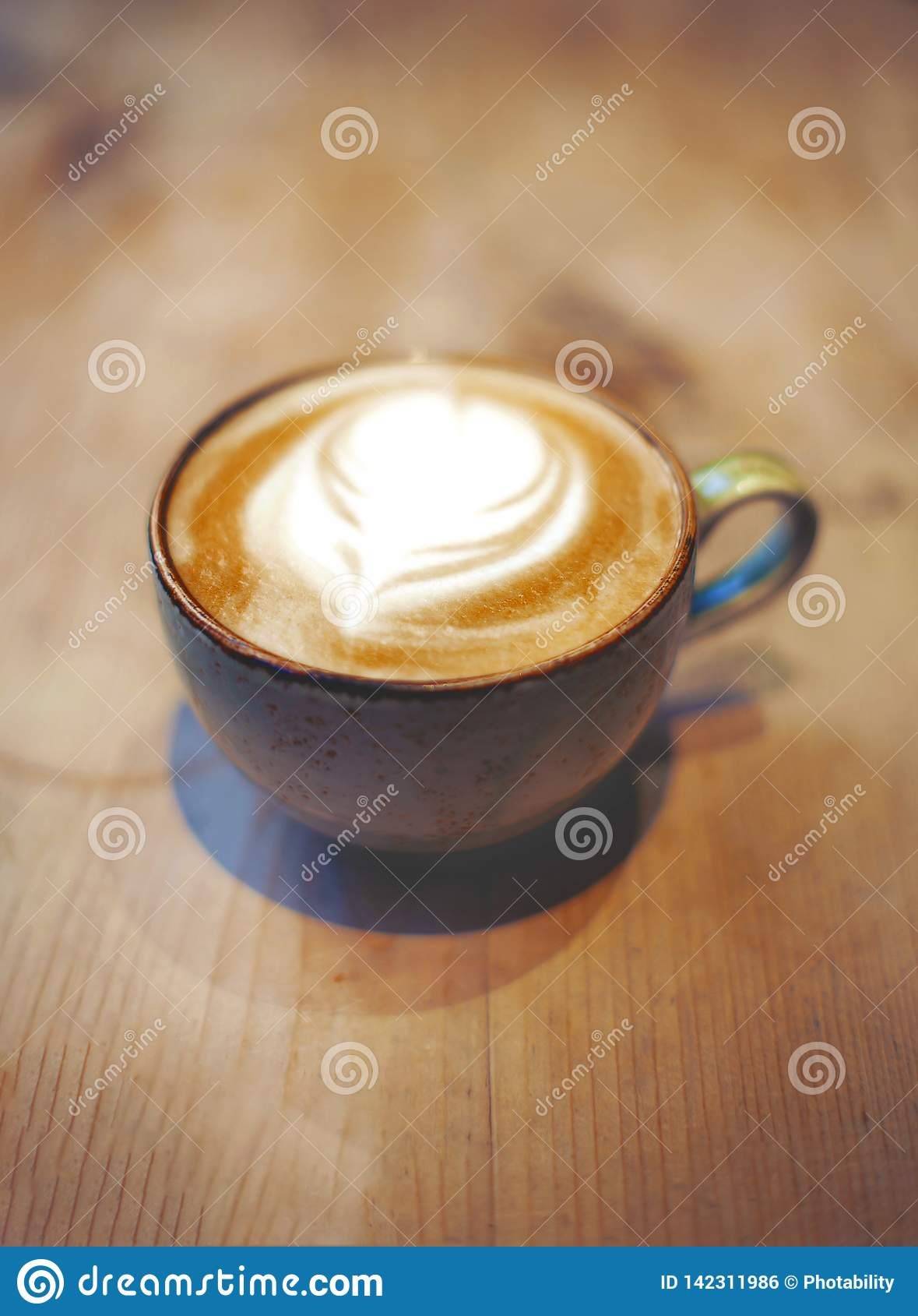 Kop van latte op de lijst