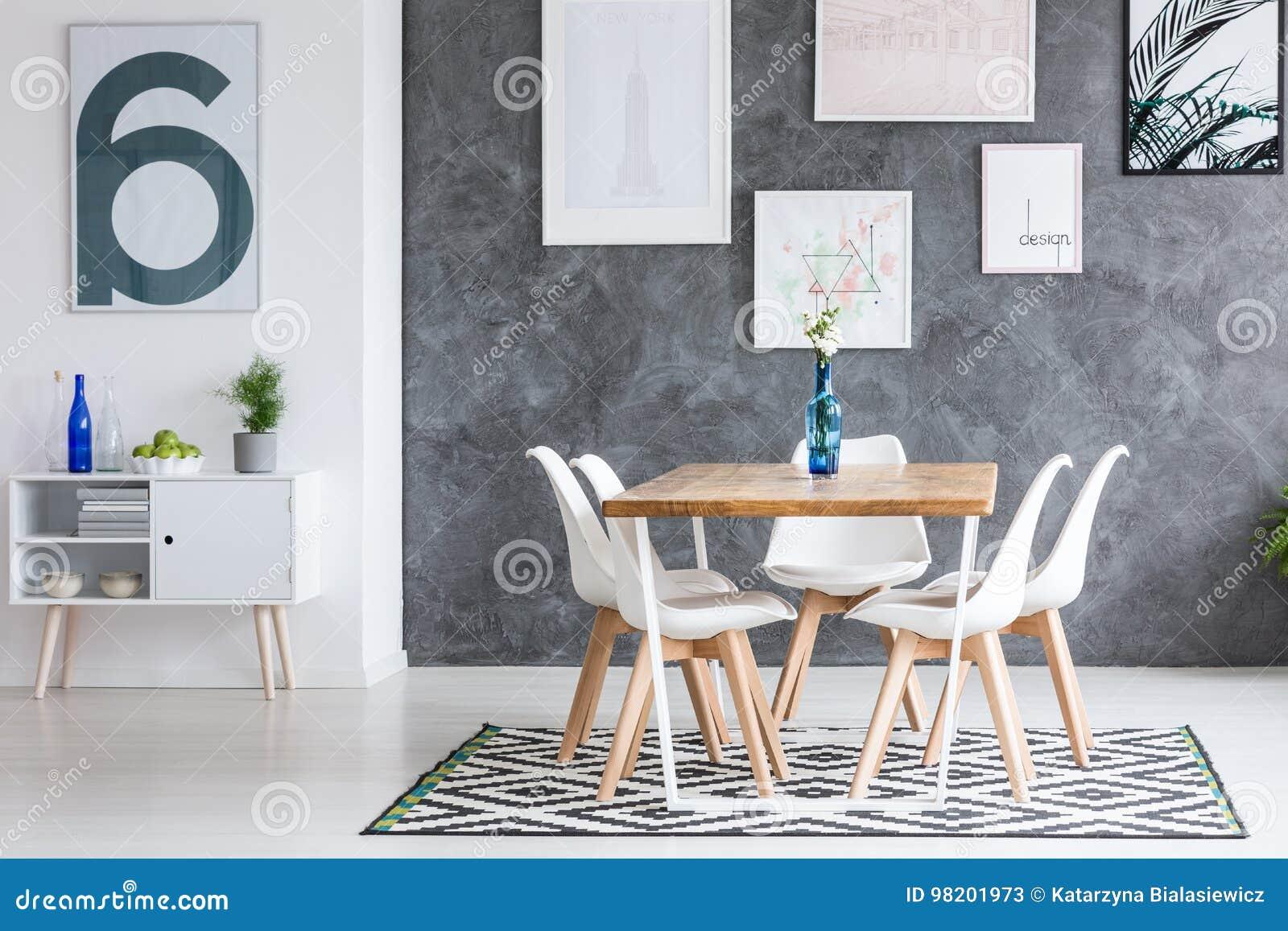 Kopierter Teppich In Esszimmer Stockbild Bild Von Klassisch
