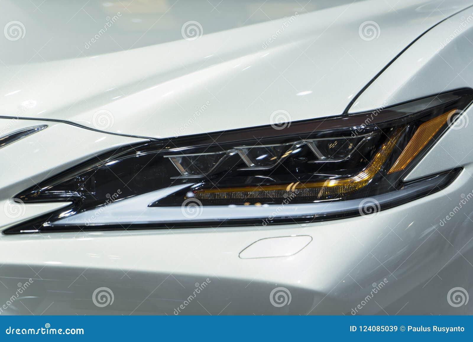Koplamp van de auto van Lexus S