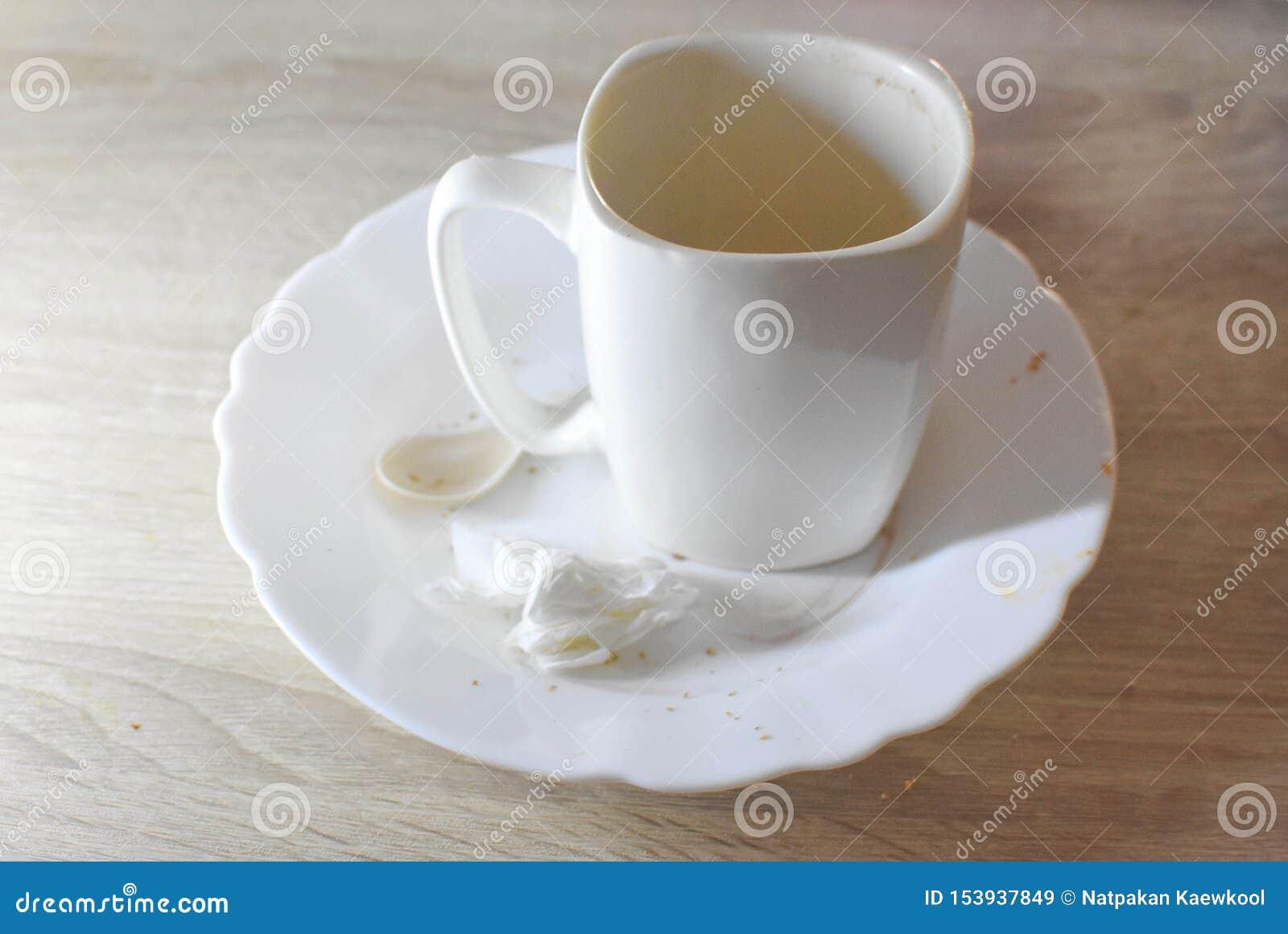 Kopp för vitt kaffe, morgondrink