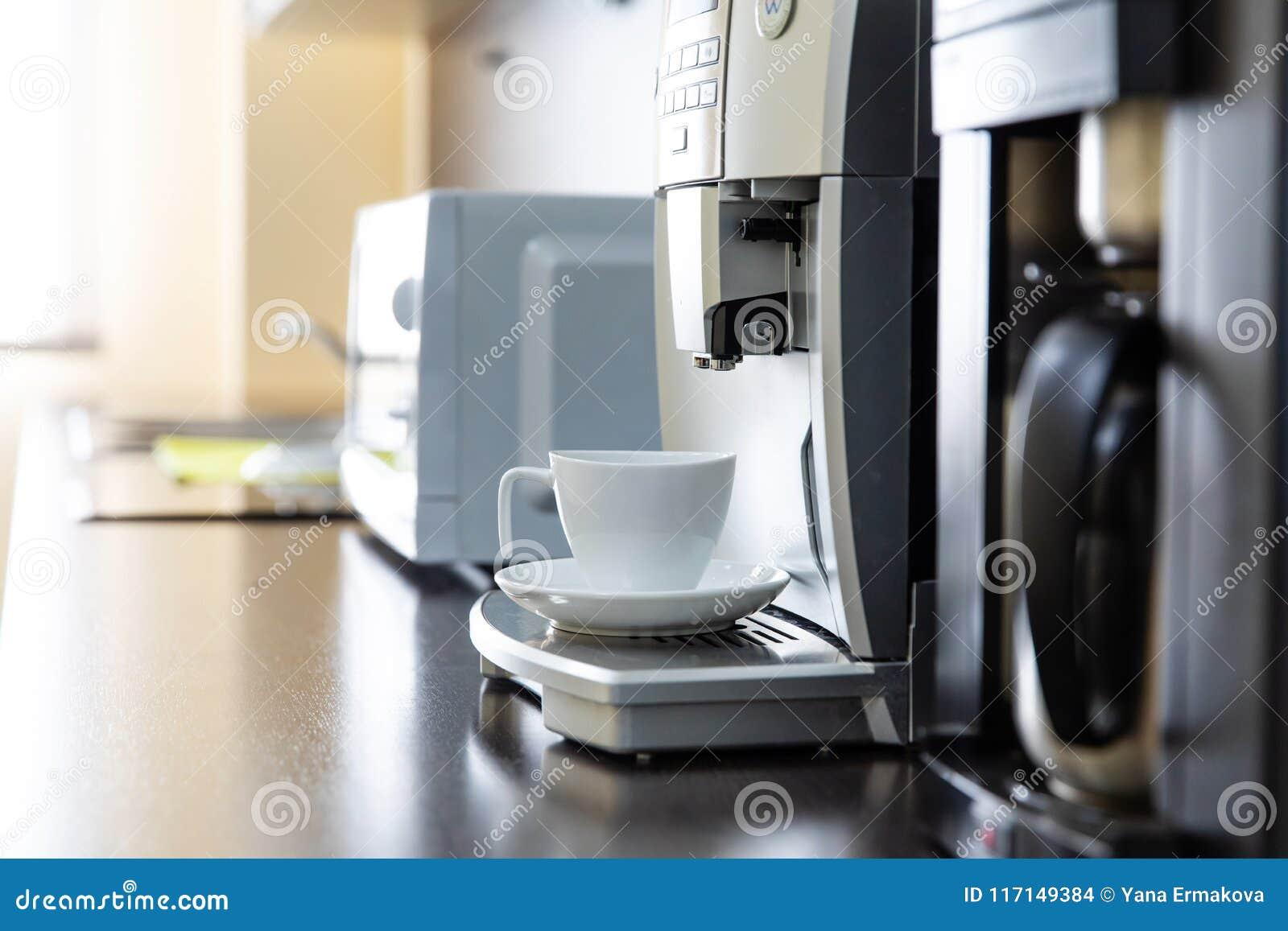 Kopp kaffe från en kaffemaskin