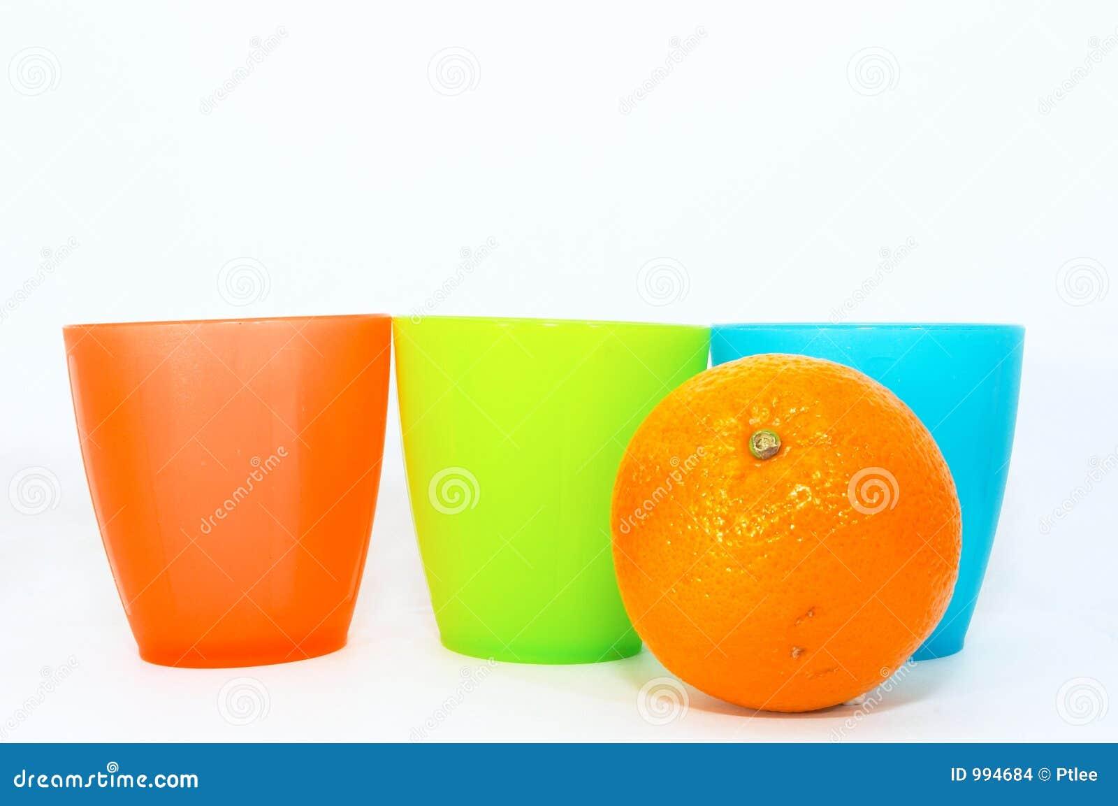 Koppar bär fruktt en orange