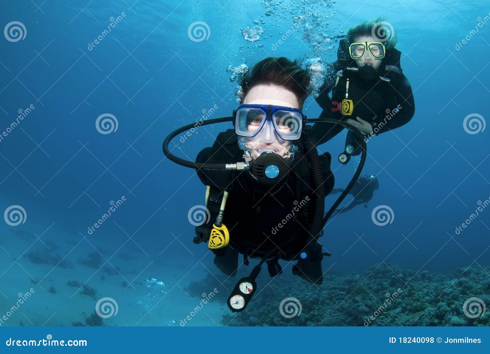 Koralldykarescuba