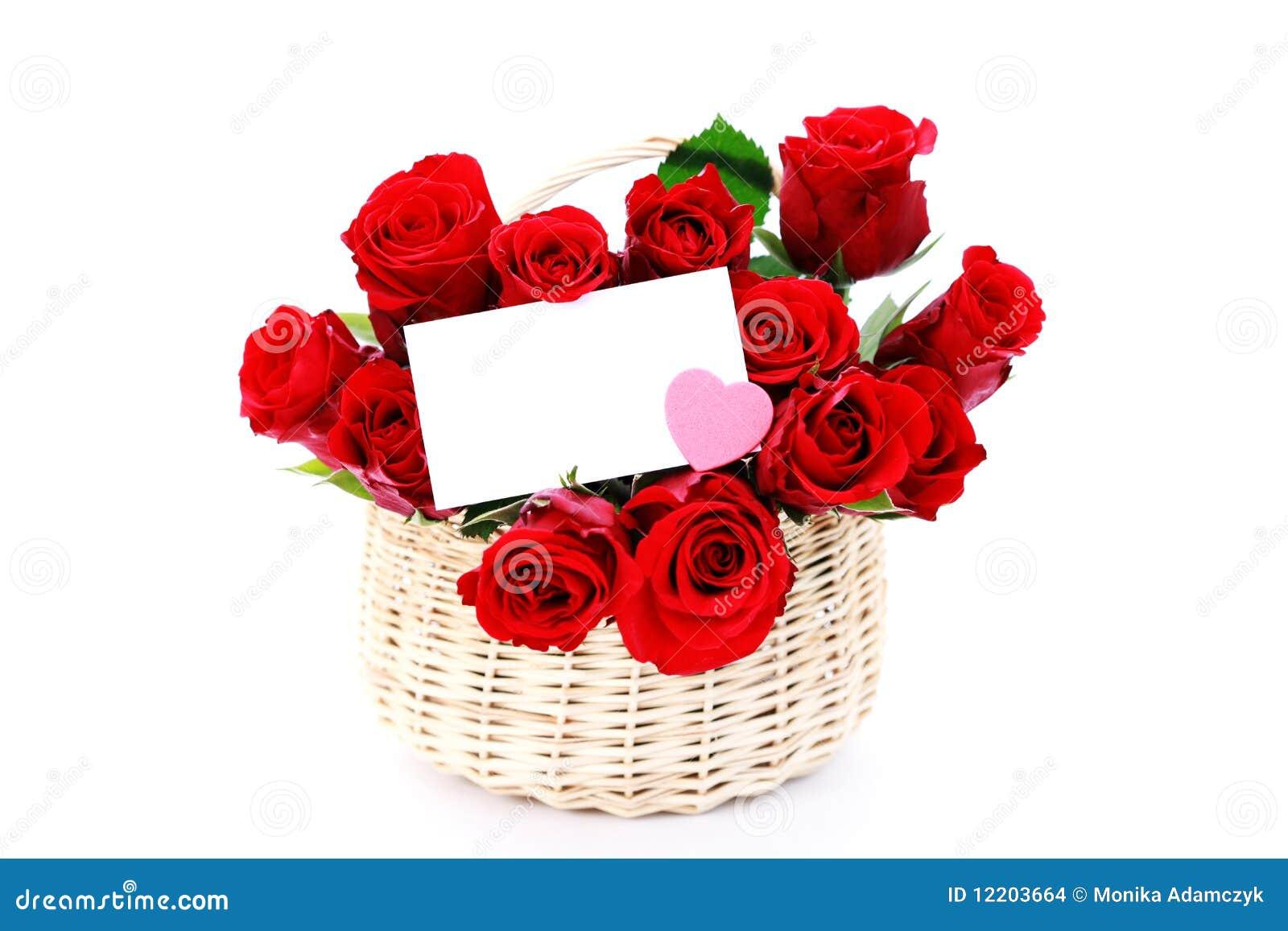 Korb voll der roten Rosen