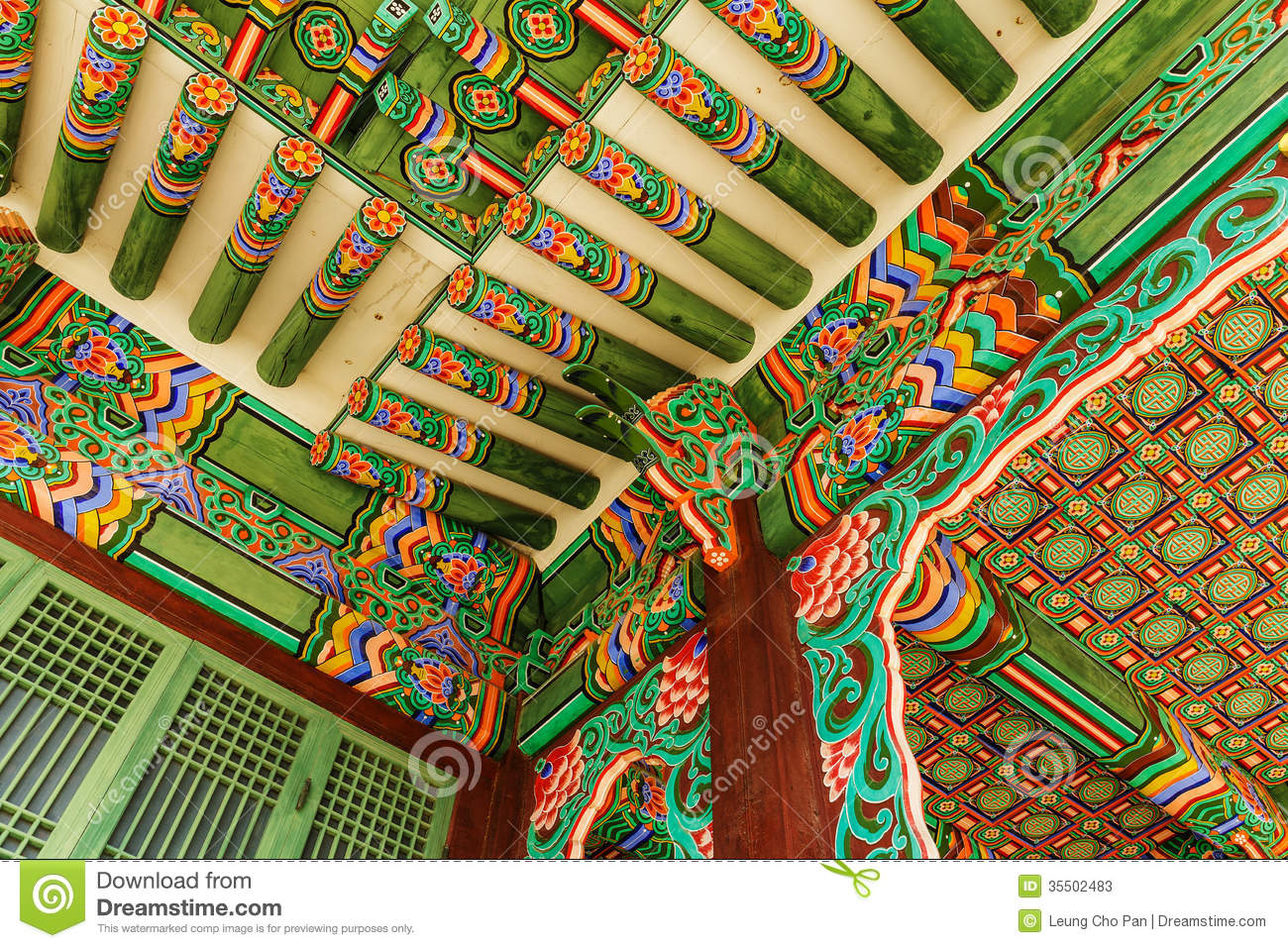 https://thumbs.dreamstime.com/z/korean-painting-traditional-architecture-ceiling-35502483.jpg Traditional