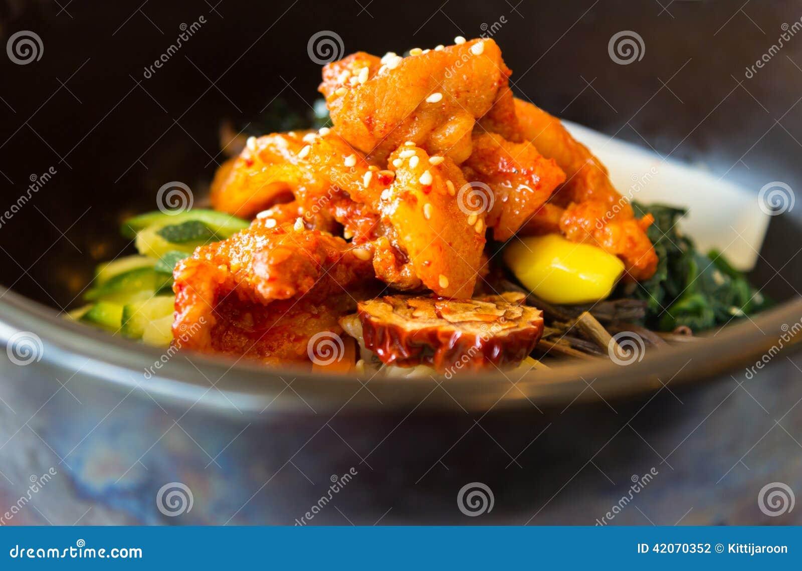 koreanische küche mit breinahaufnahme stockfoto - bild: 42070352