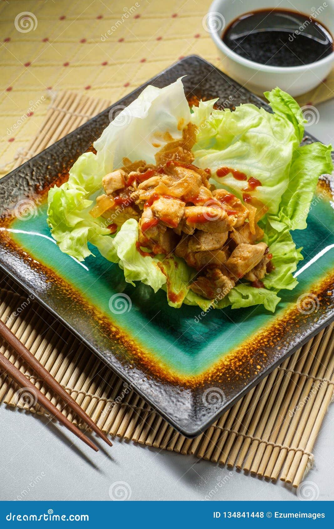 Koreansk smörgåsgrönsallatsjal
