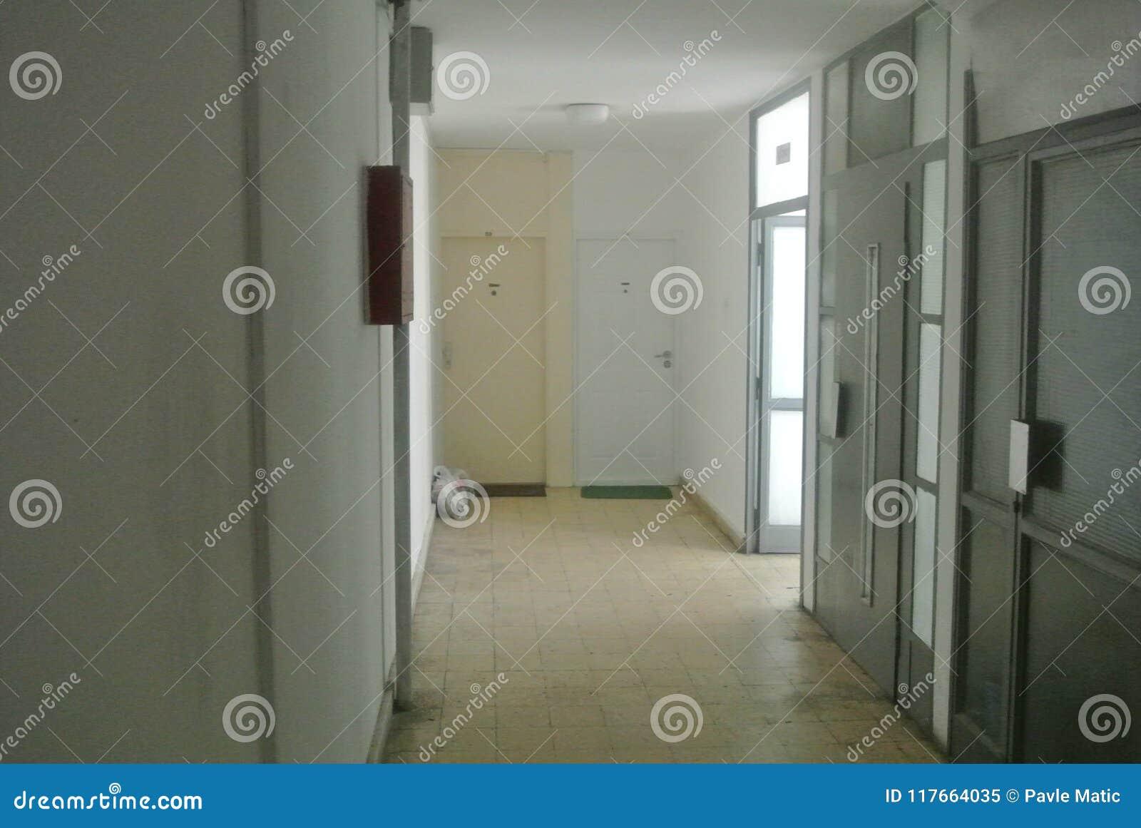 Korridor i en byggnad