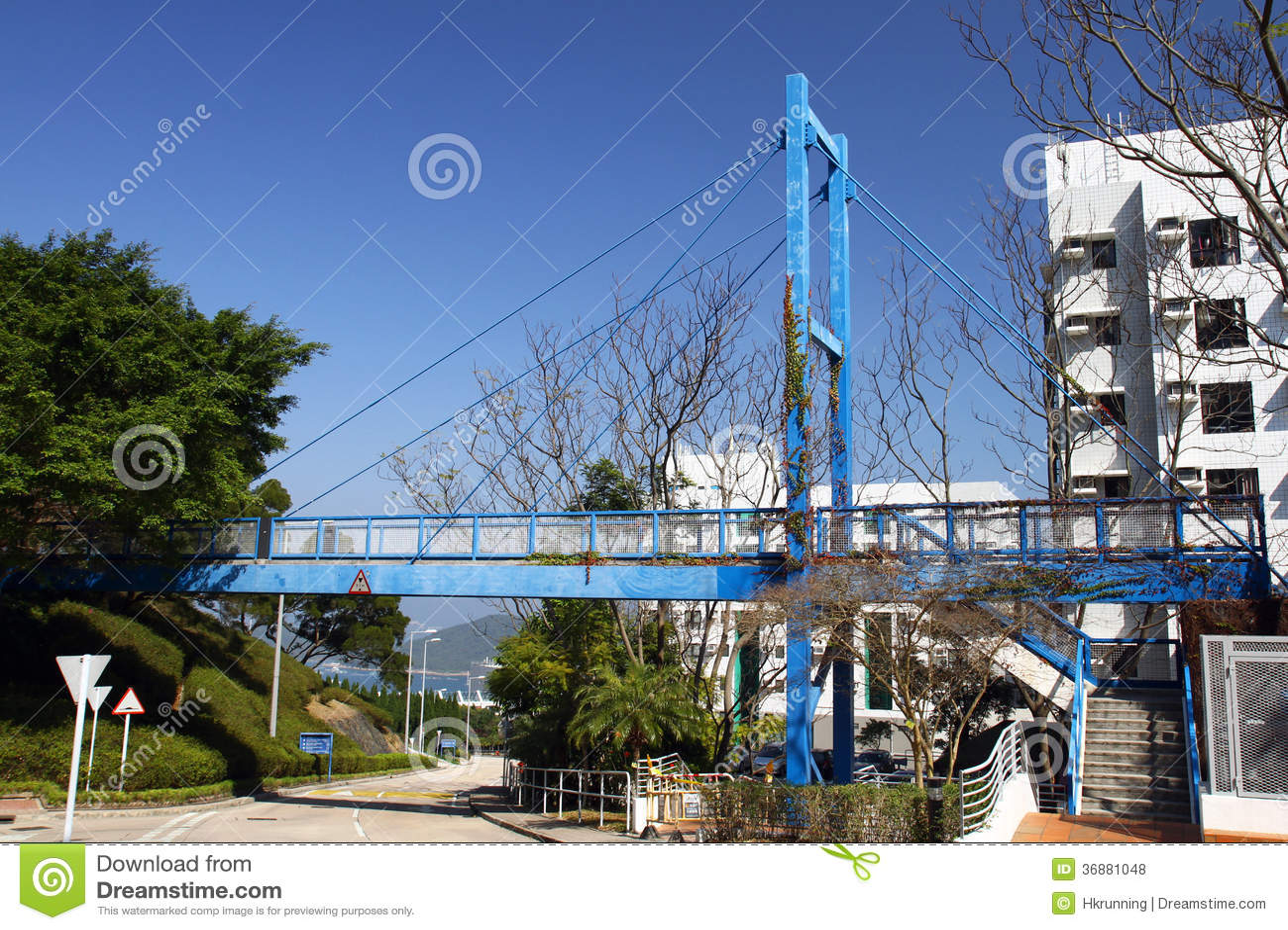 Kortslutning kabel-bliven bro