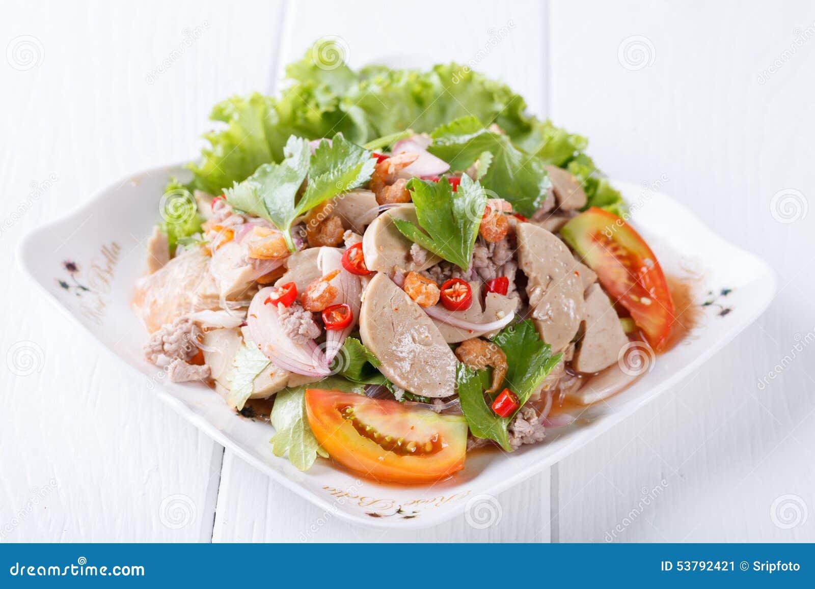 Korzenni wermiszel sałatkowi