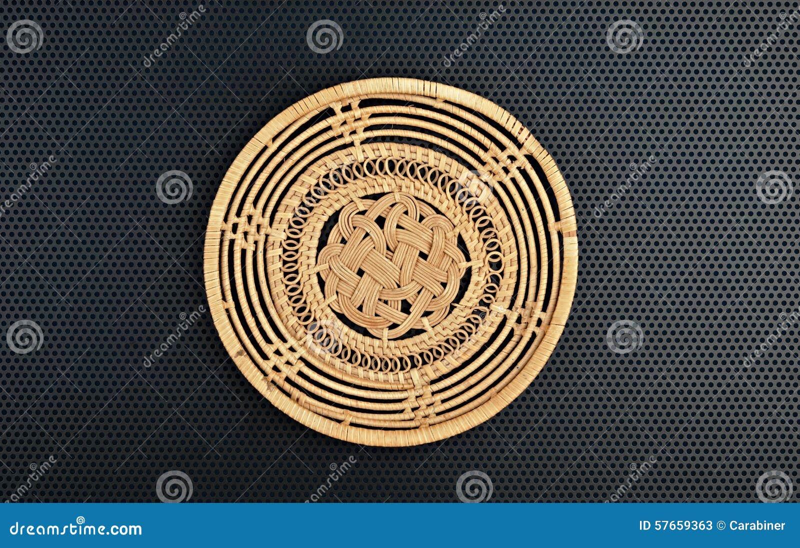 Koszykowy łozinowy jest handmade