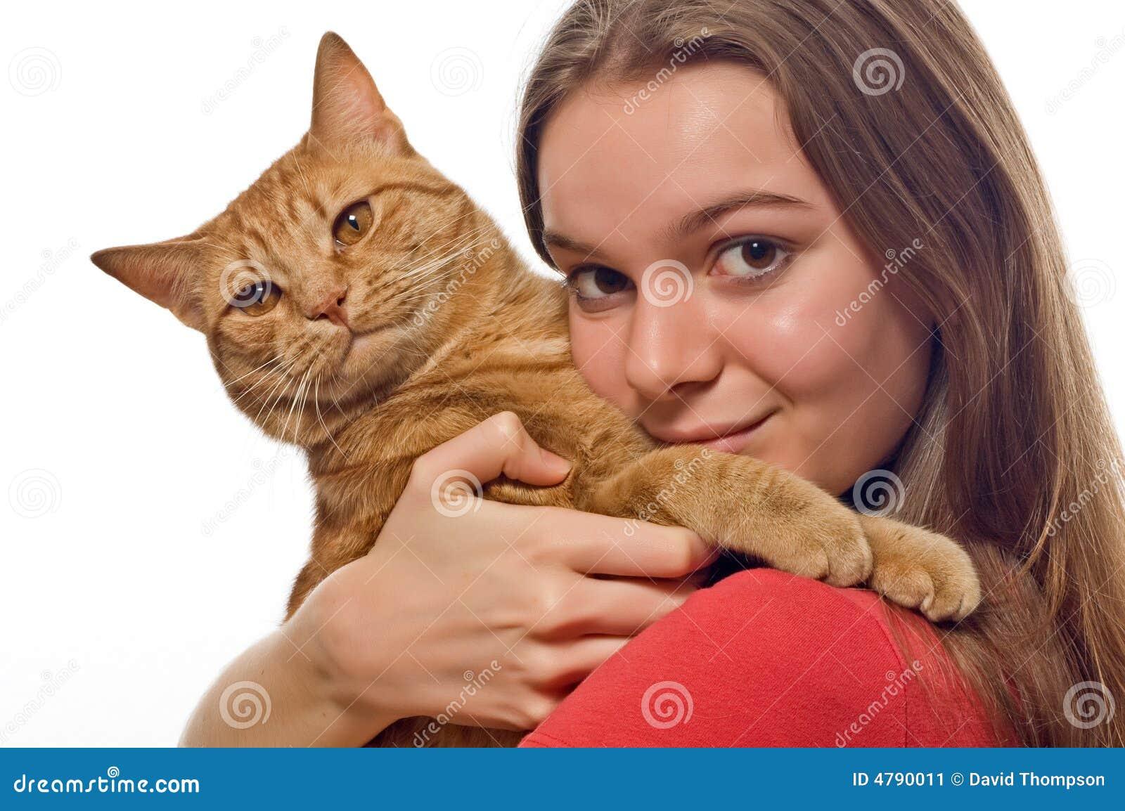 Kot jej gospodarstwa pet nastolatków.