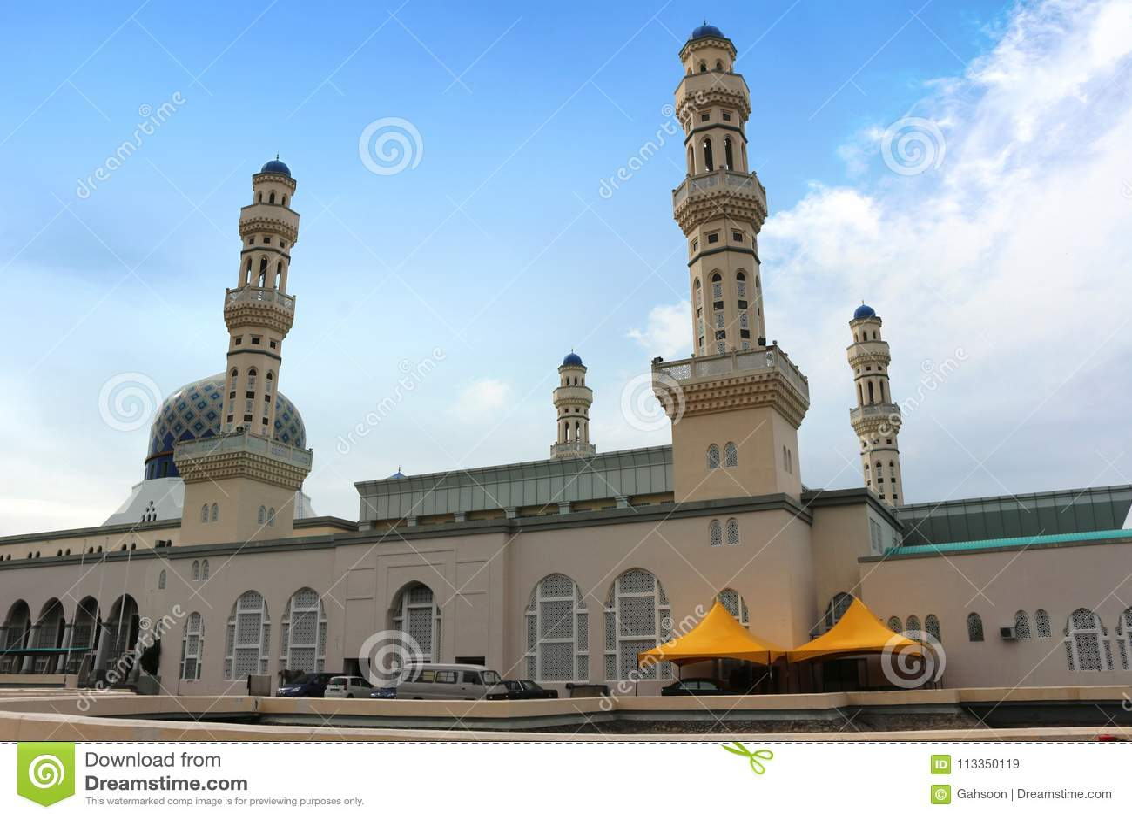 Kota Kinabalu City Floating Mosque chez Sabah Borneo Malaysia