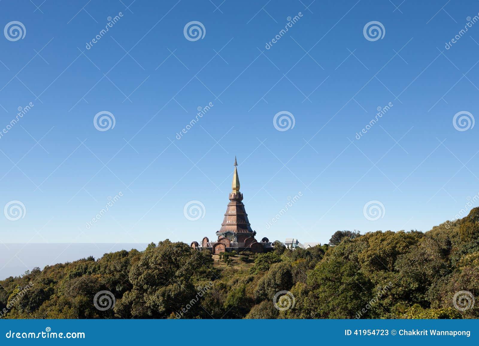 Królewiątko pagoda na górze