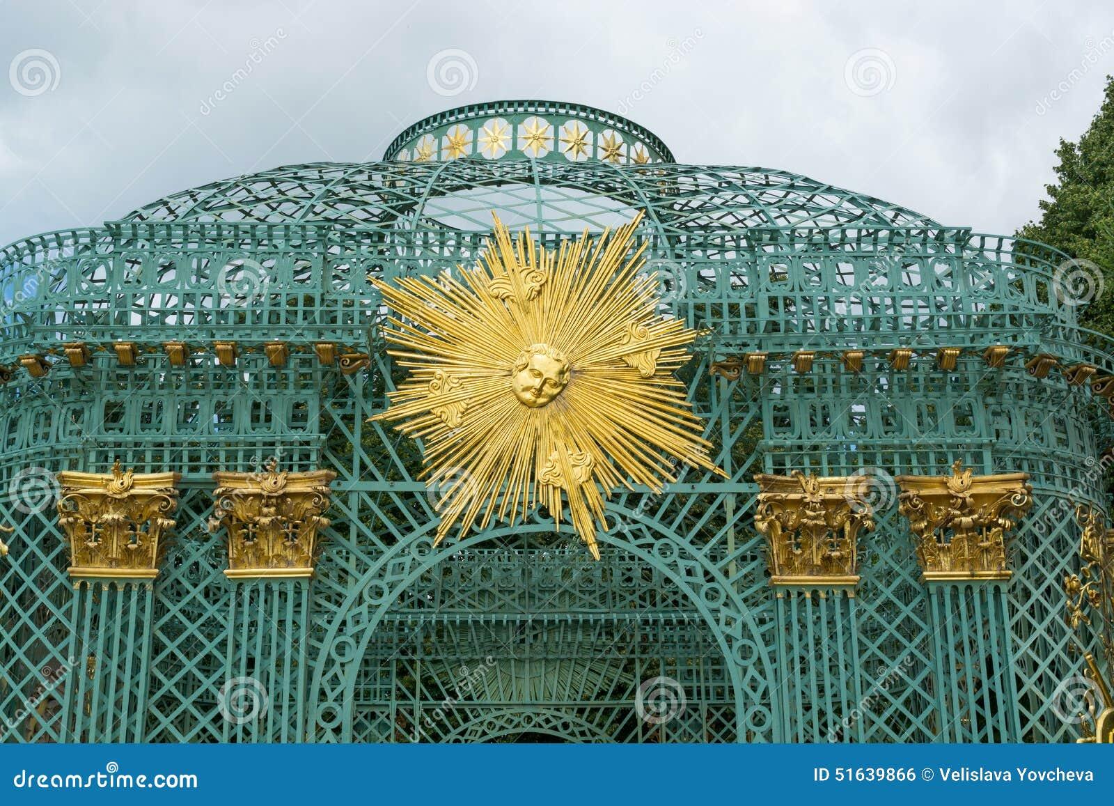 Królewski pawilon w Sanssouci parku w Potsdam, Niemcy