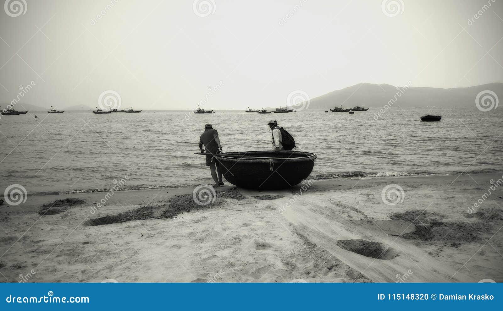 Krabvissers aan het werk in Retro stijl