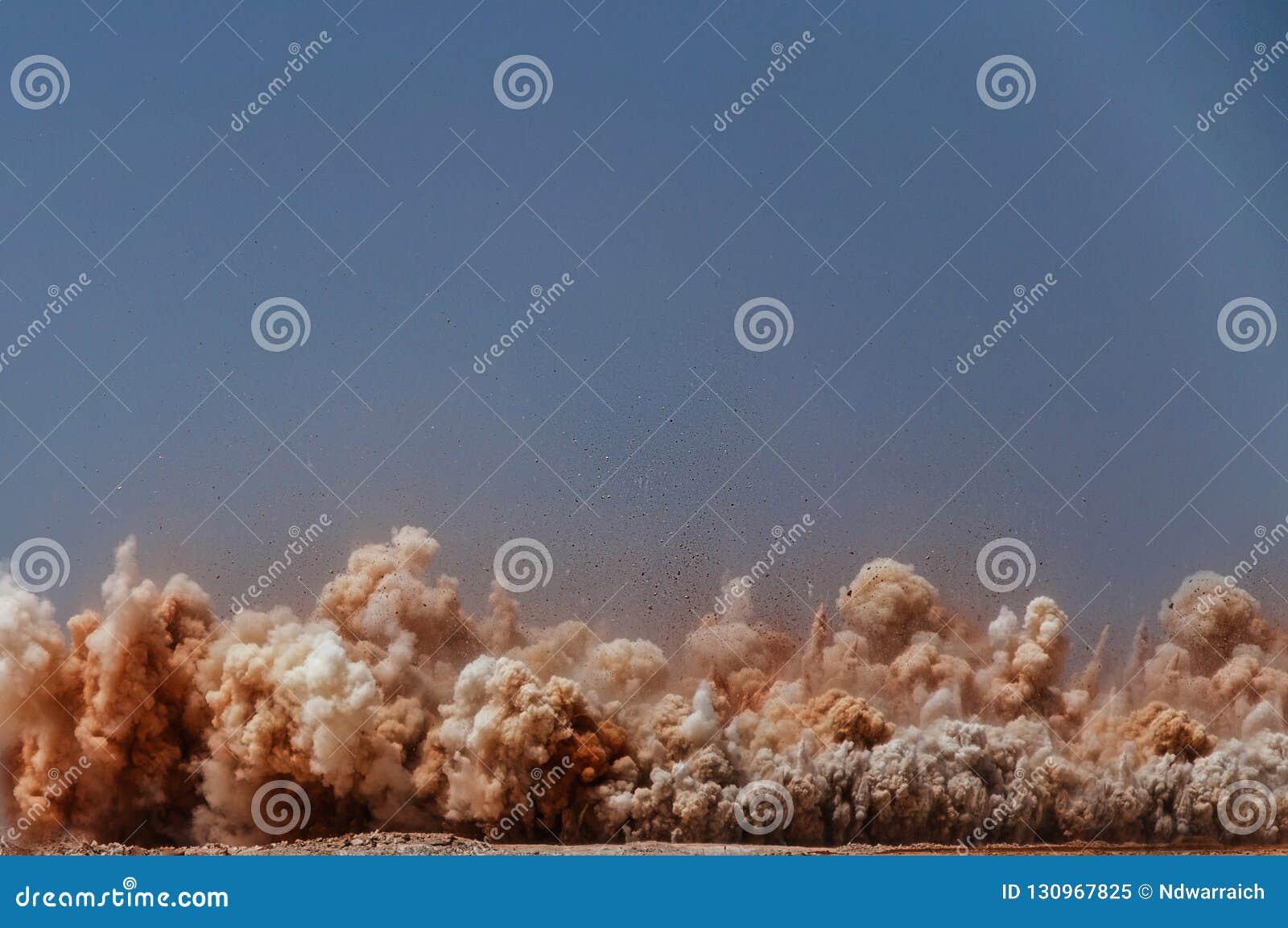 Krachtige ontploffing op de plaats