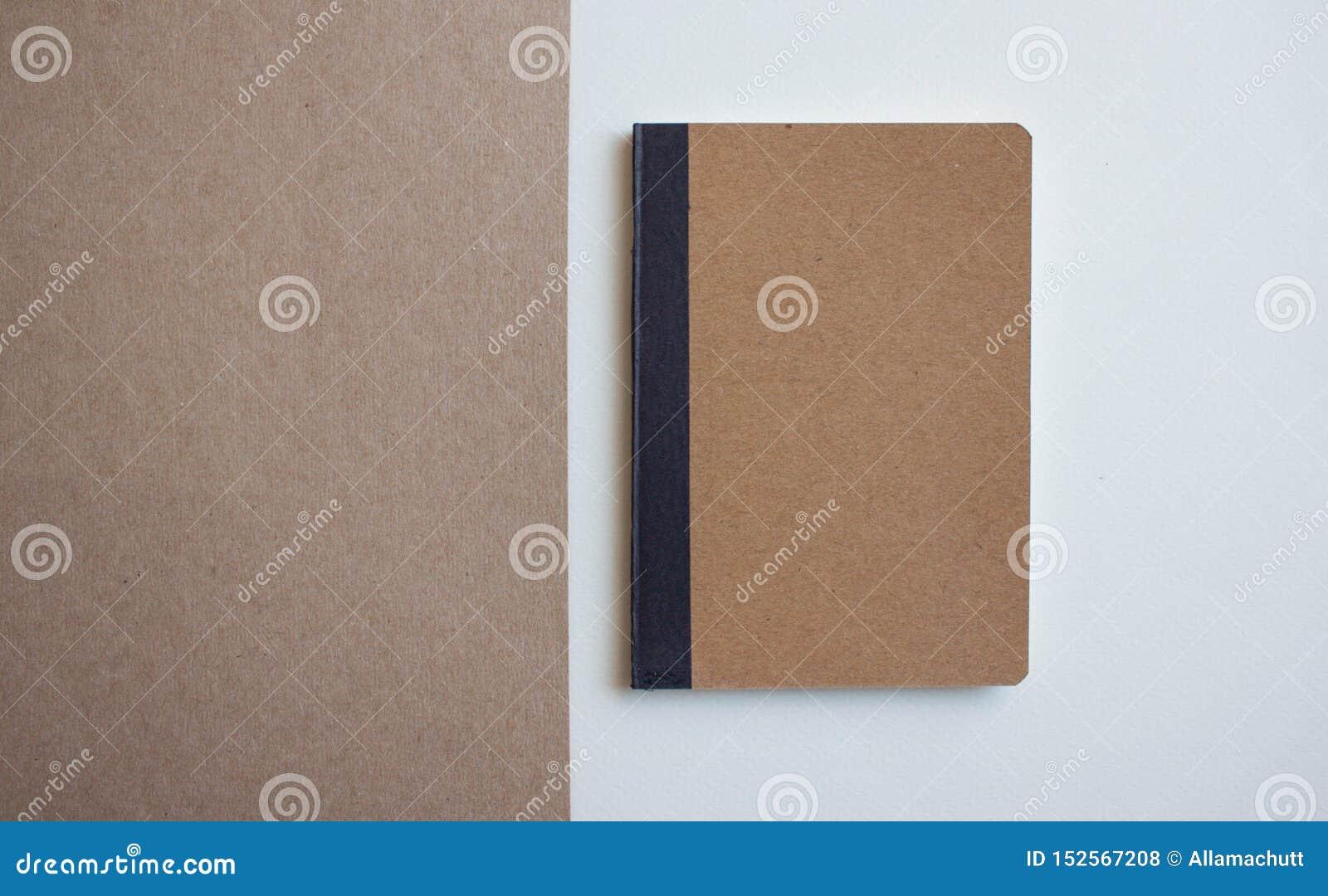 Kraft pustego miejsca notatnik