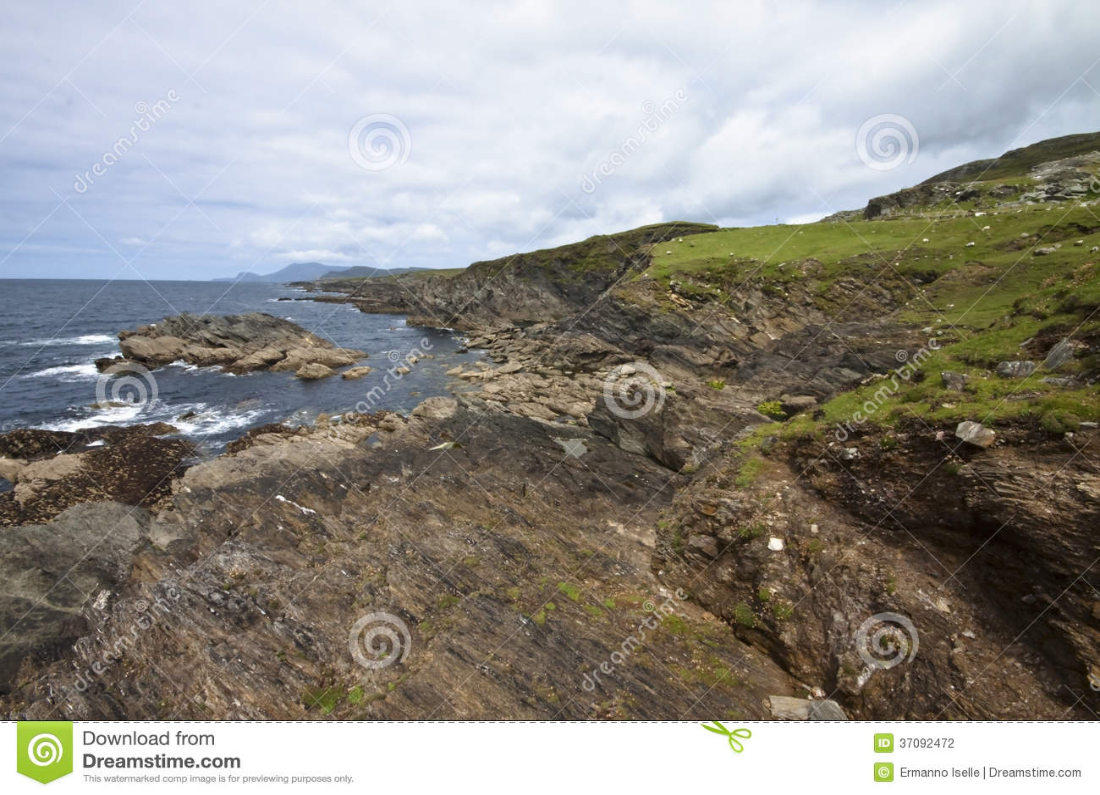 Download Krajobraz Ireland zdjęcie stock. Obraz złożonej z wybrzeże - 37092472