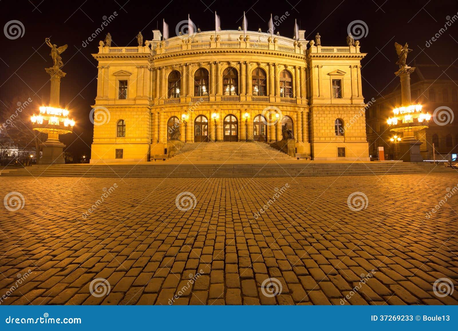 Krajowy teatr w Praga