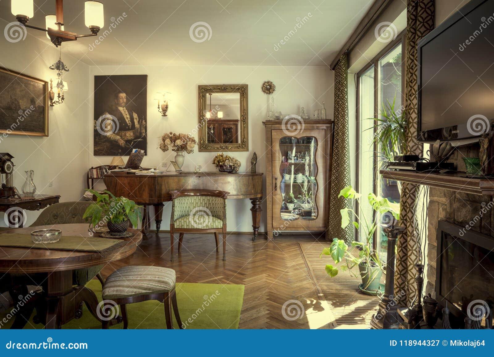 Krakow, Poland   July 3, 2014: Living Room Interior Of A House Full Of  Antiques In Krakow, Poland