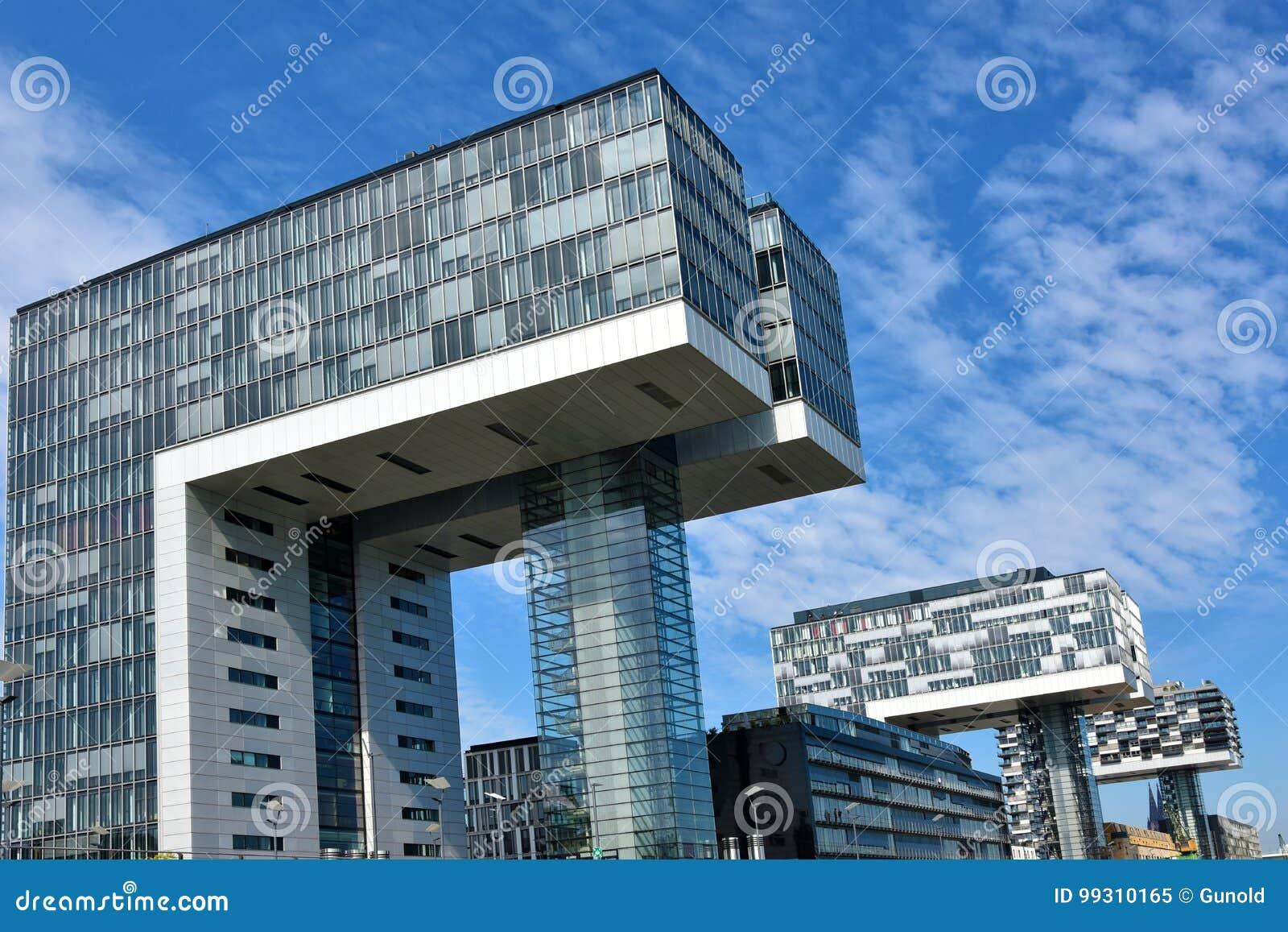 Kranhaus, Moderne Architektur, Bei Köln Redaktionelles Bild - Bild ...