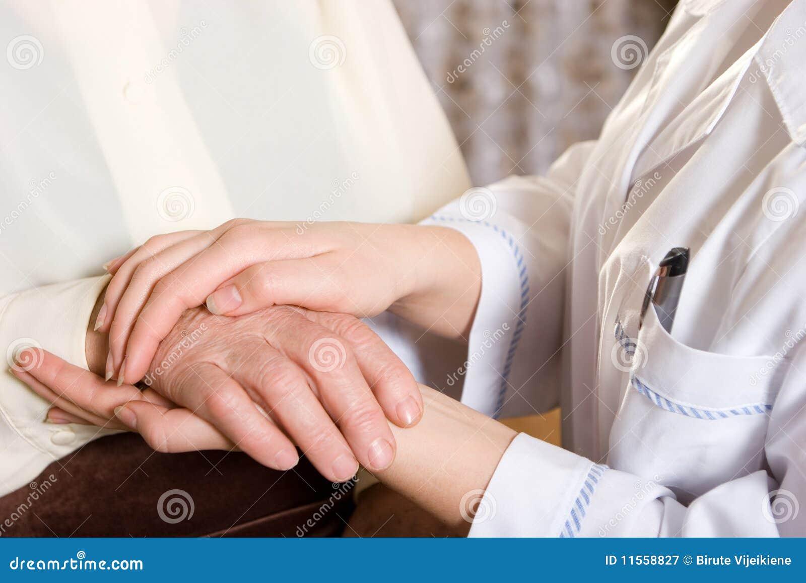 Krankenschwester und Älterer