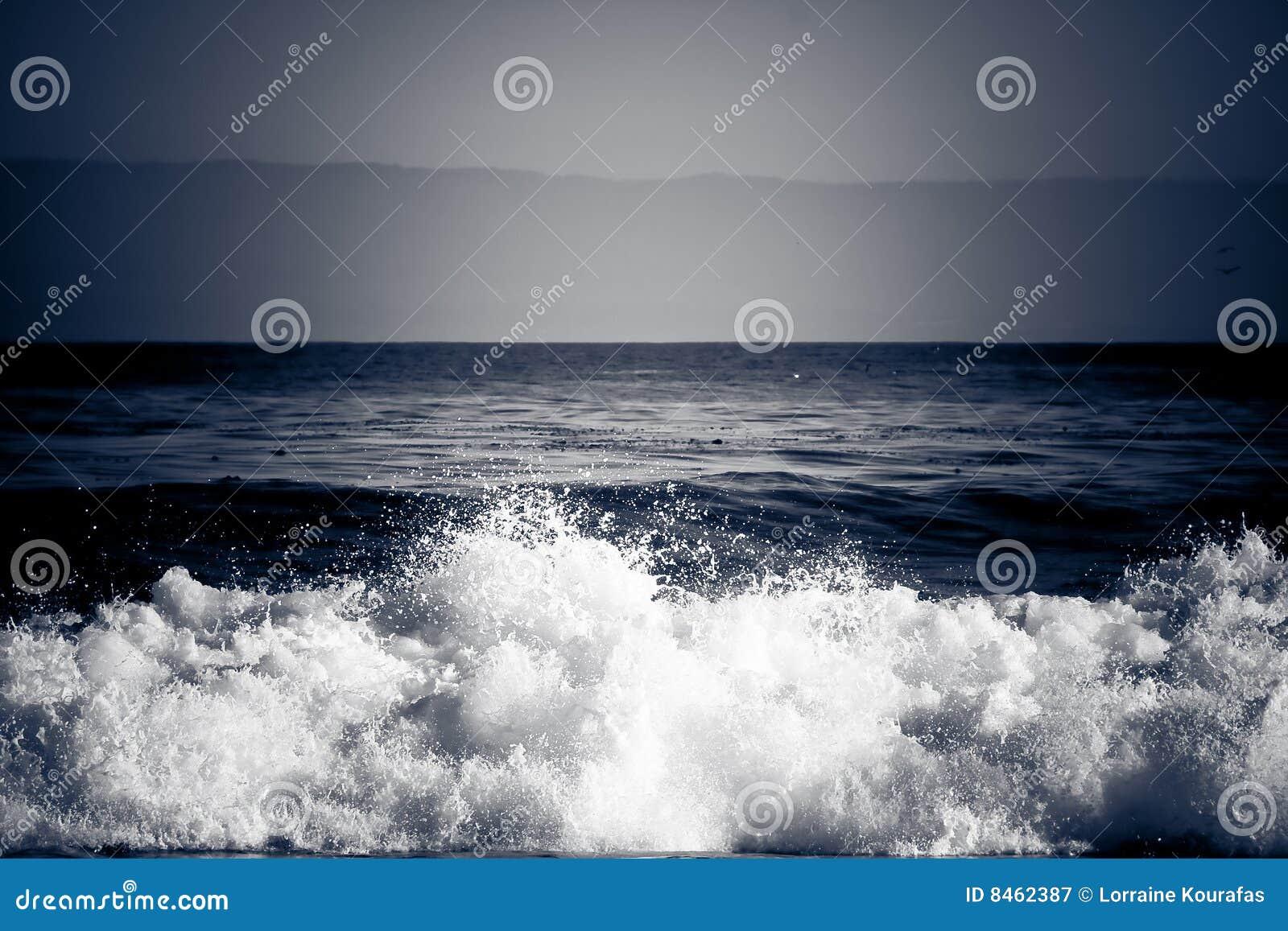 Krascha dramatisk wave