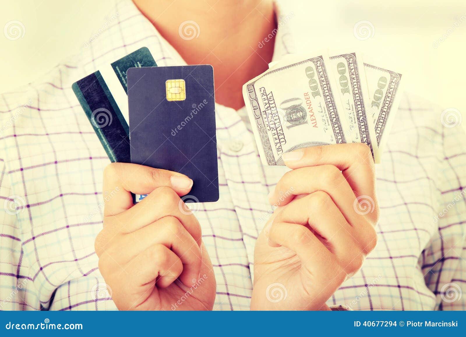 Kreditkort och kassa