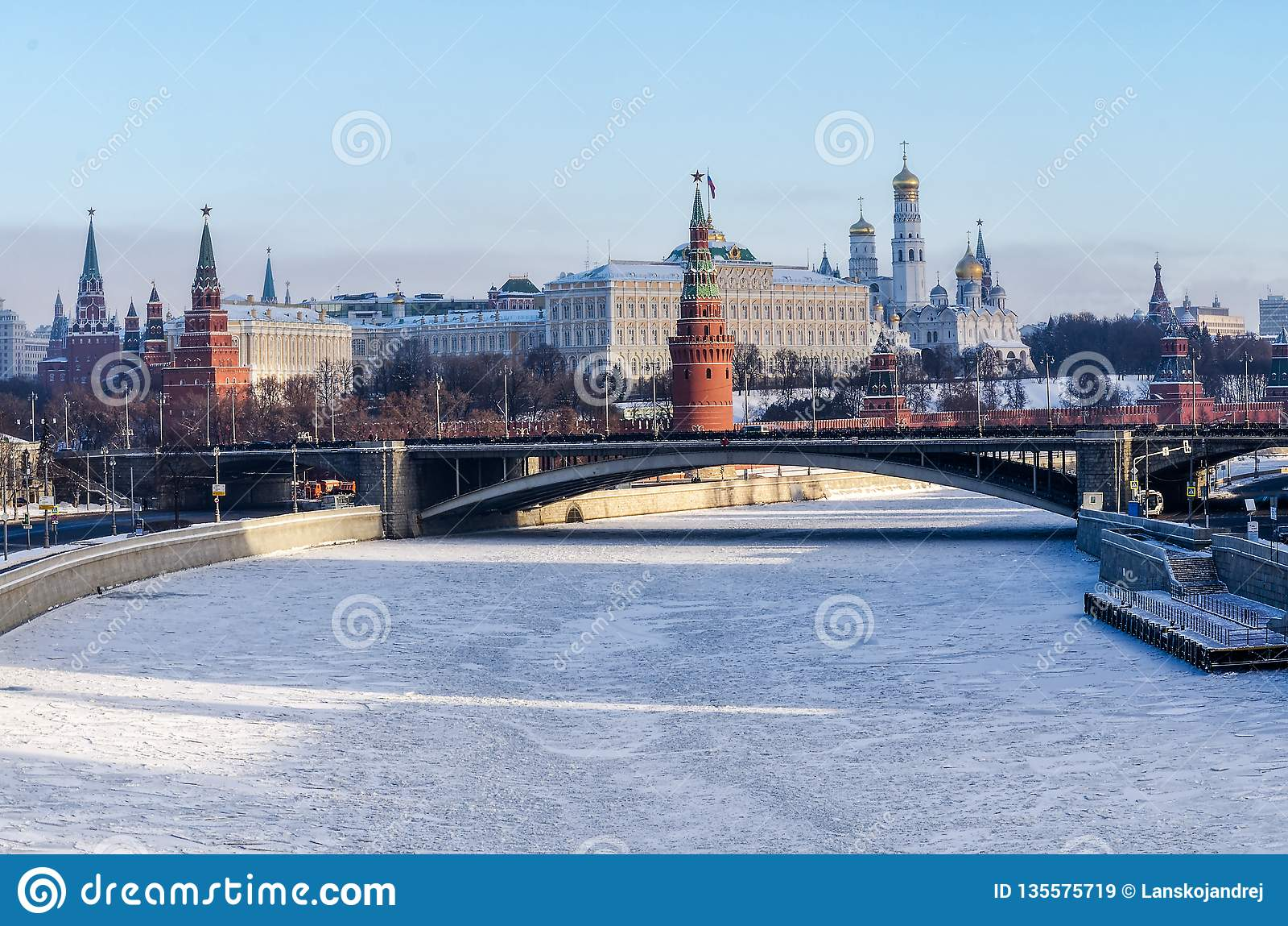 Kremlin de Moscovo no inverno