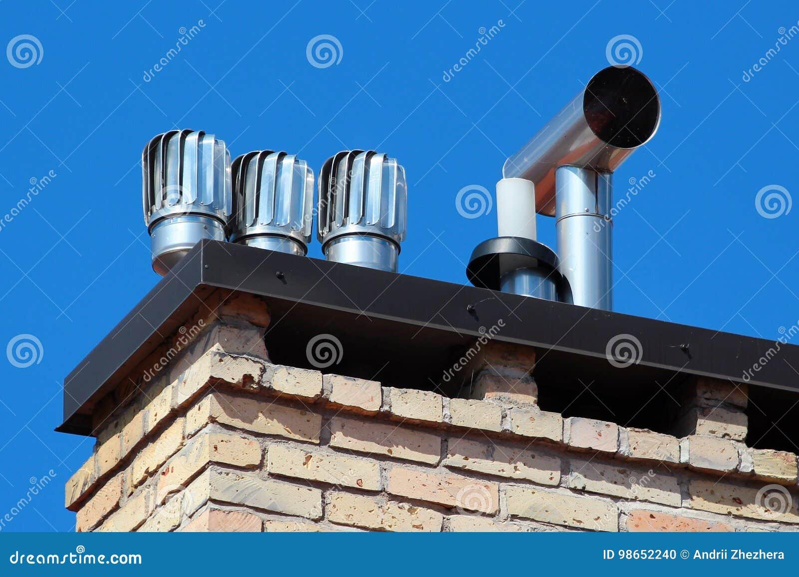 Kretsa kåpor på ett tak utrota downdraught i lampglas