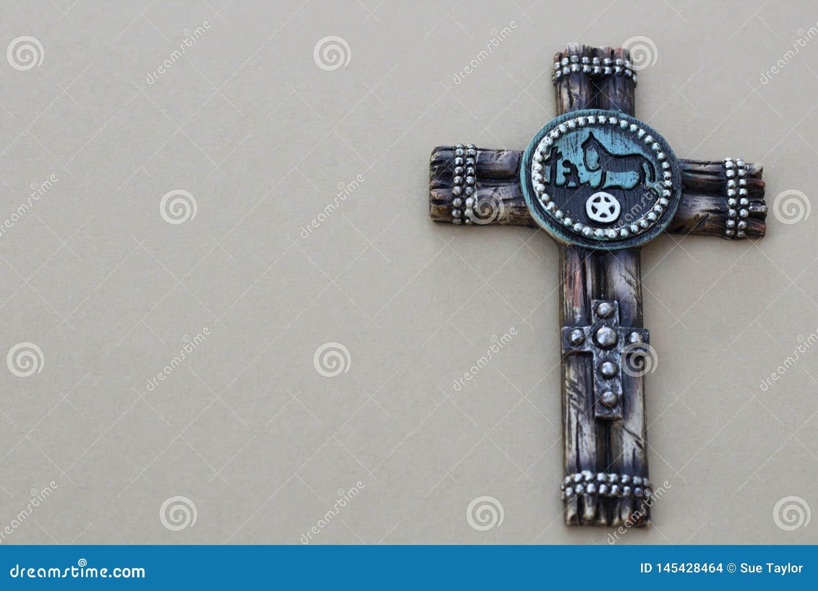 Kreuz auf einem grauen Hintergrund