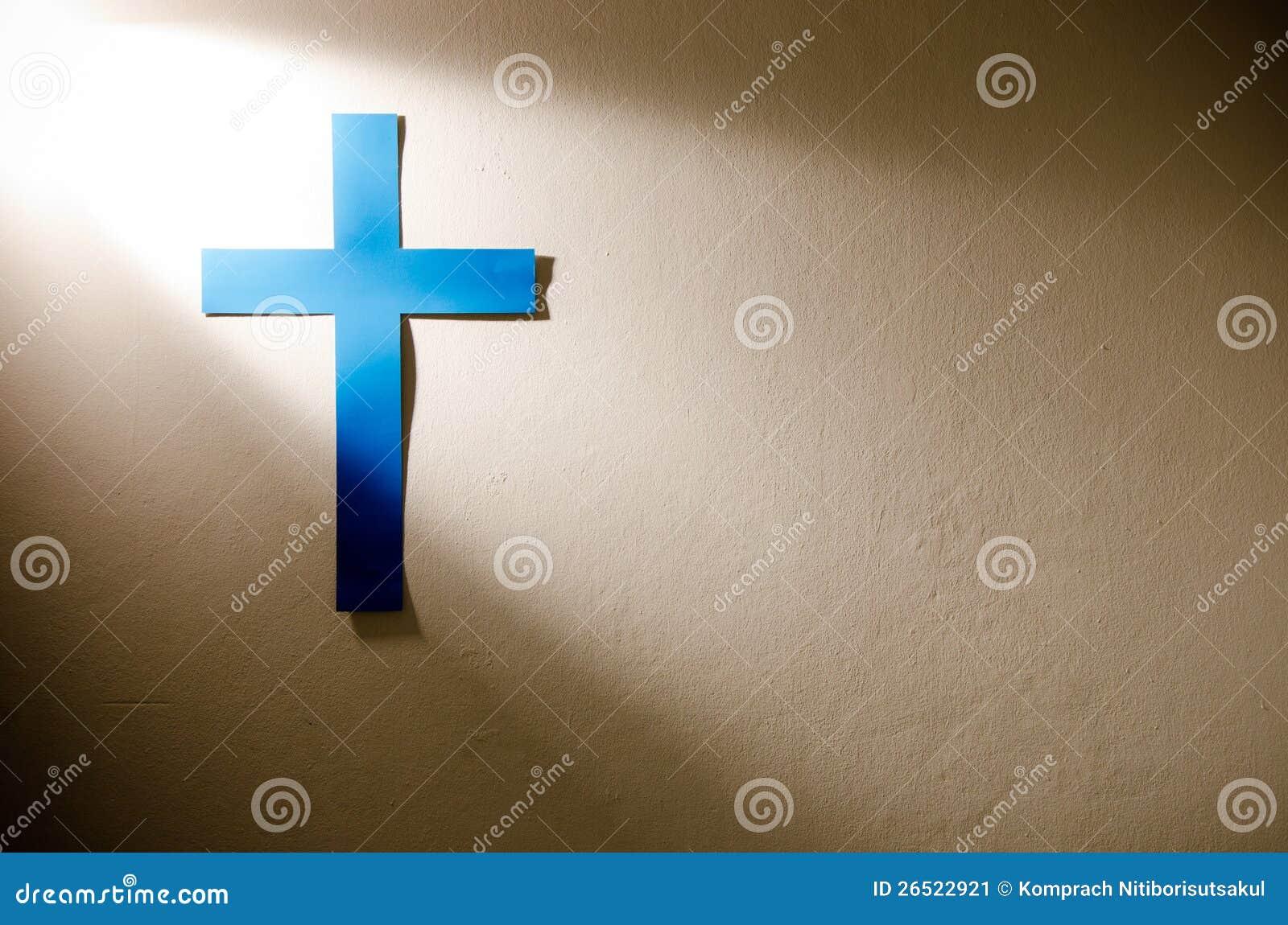 Kreuz und Leuchte