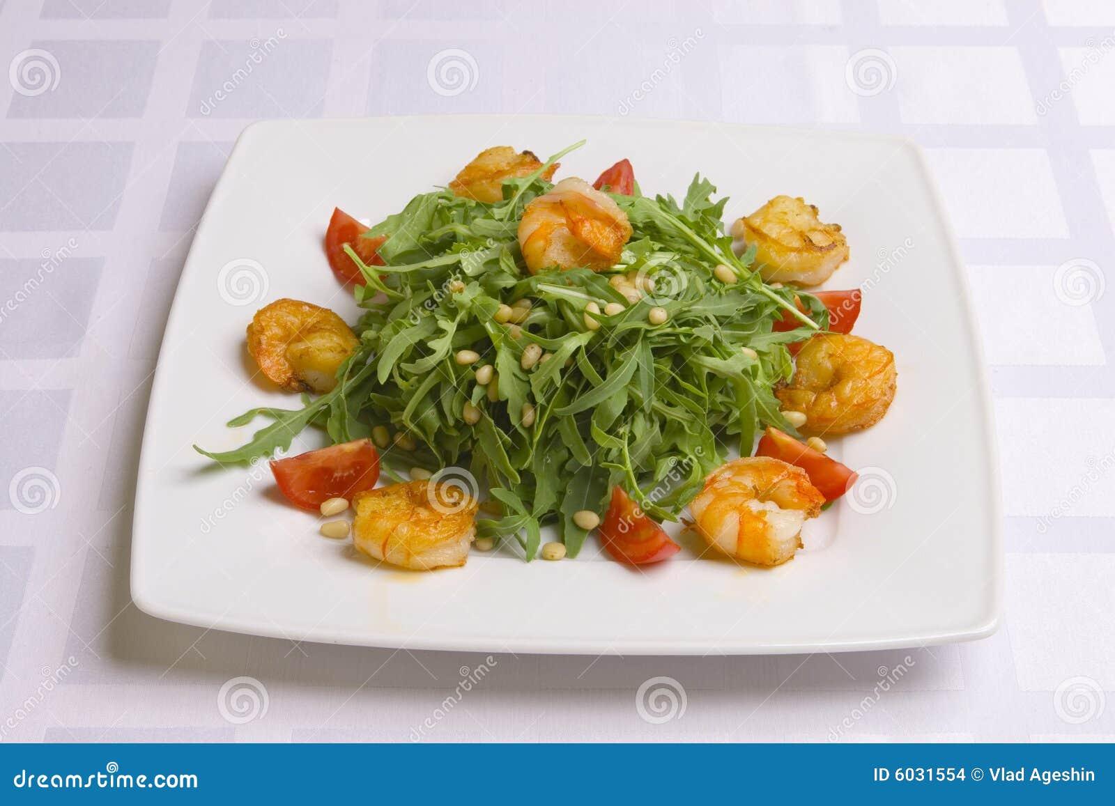 Krewetki sałatkowi warzyw zioła