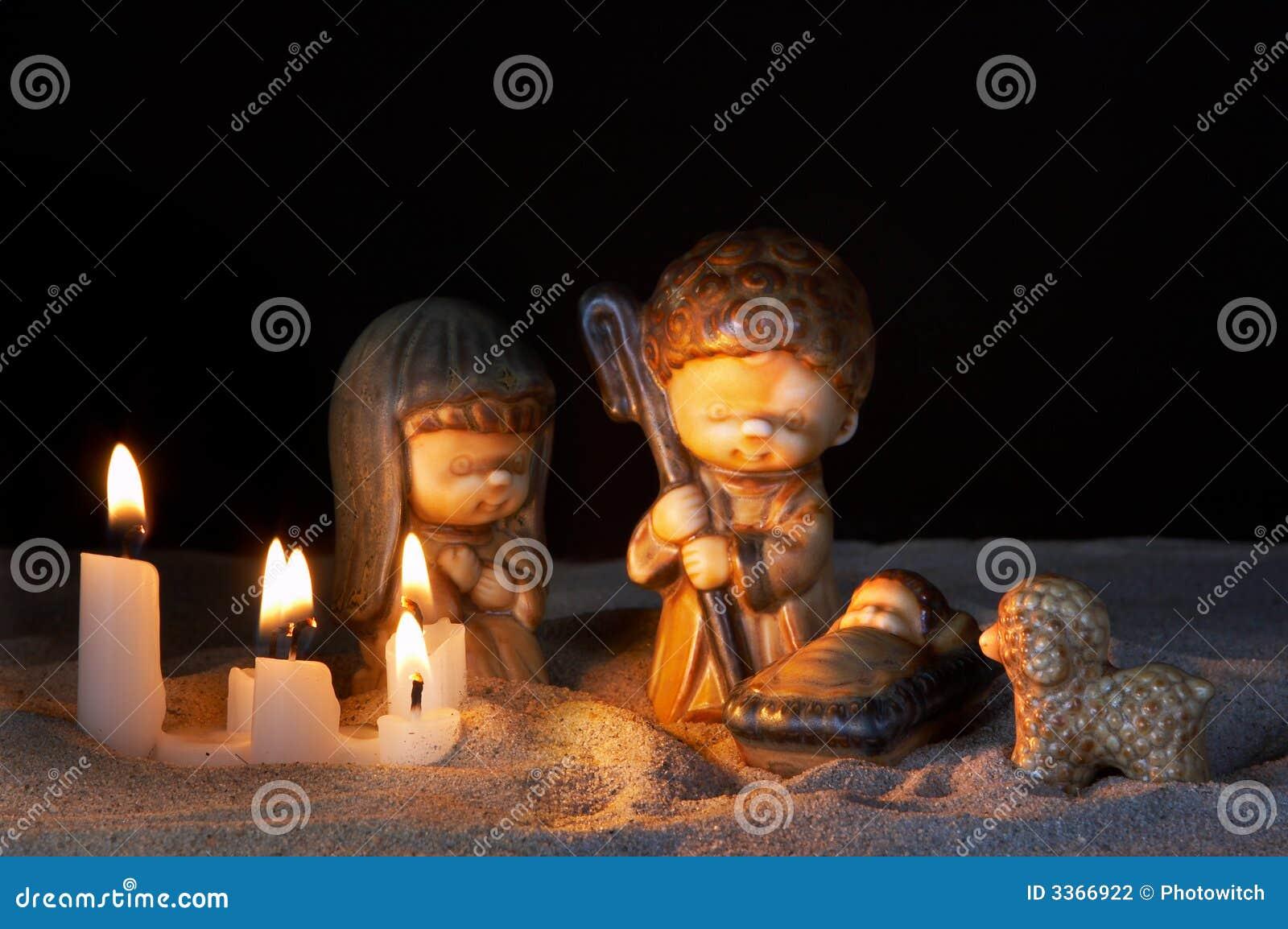 Krippe und Kerzen