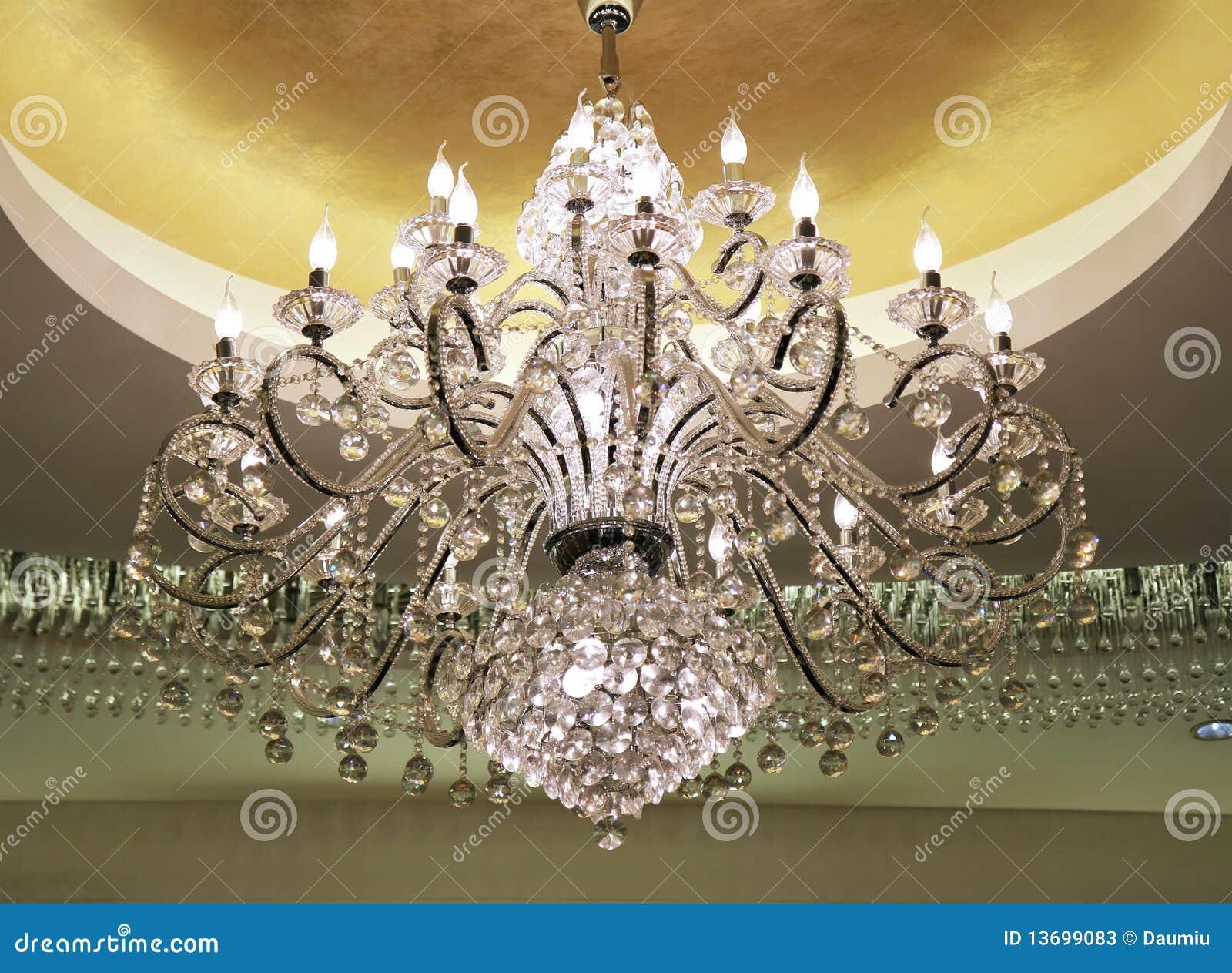 kristallleuchter stockbild bild von gelb ausr stung. Black Bedroom Furniture Sets. Home Design Ideas