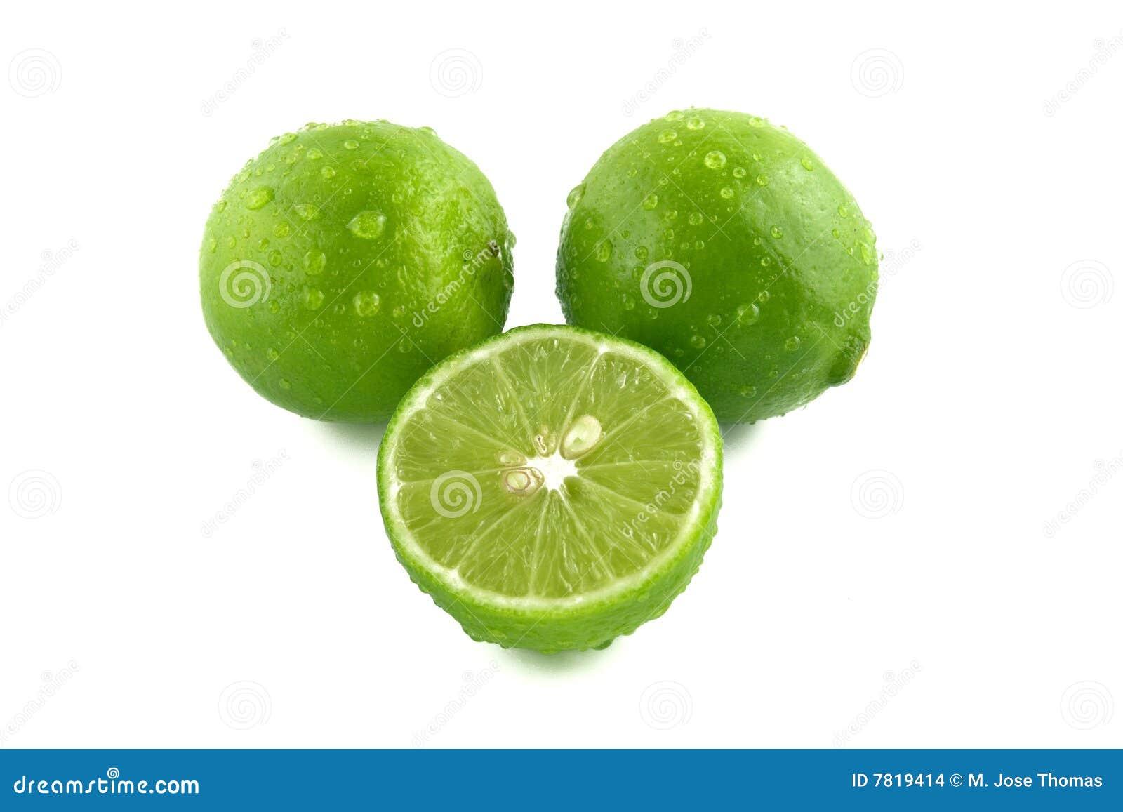 Kropelki zielenieją cytryny wodę