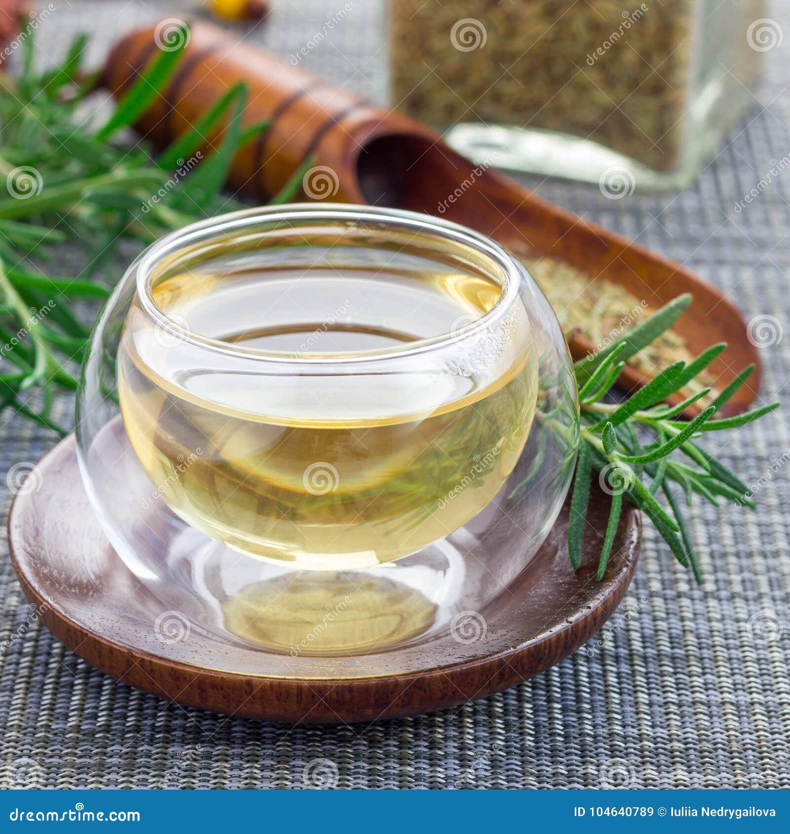 Download Kruidenrozemarijnthee In Een Glaskop Op Oosterse Achtergrond, Vierkant Stock Afbeelding - Afbeelding bestaande uit up, voedsel: 104640789