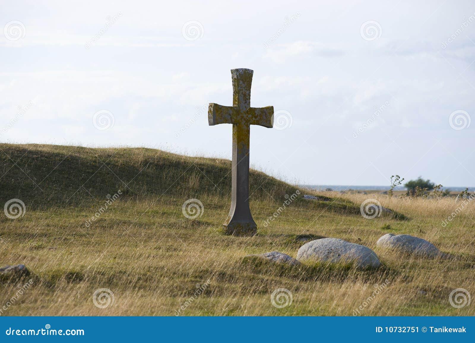 Kruis op heuvel