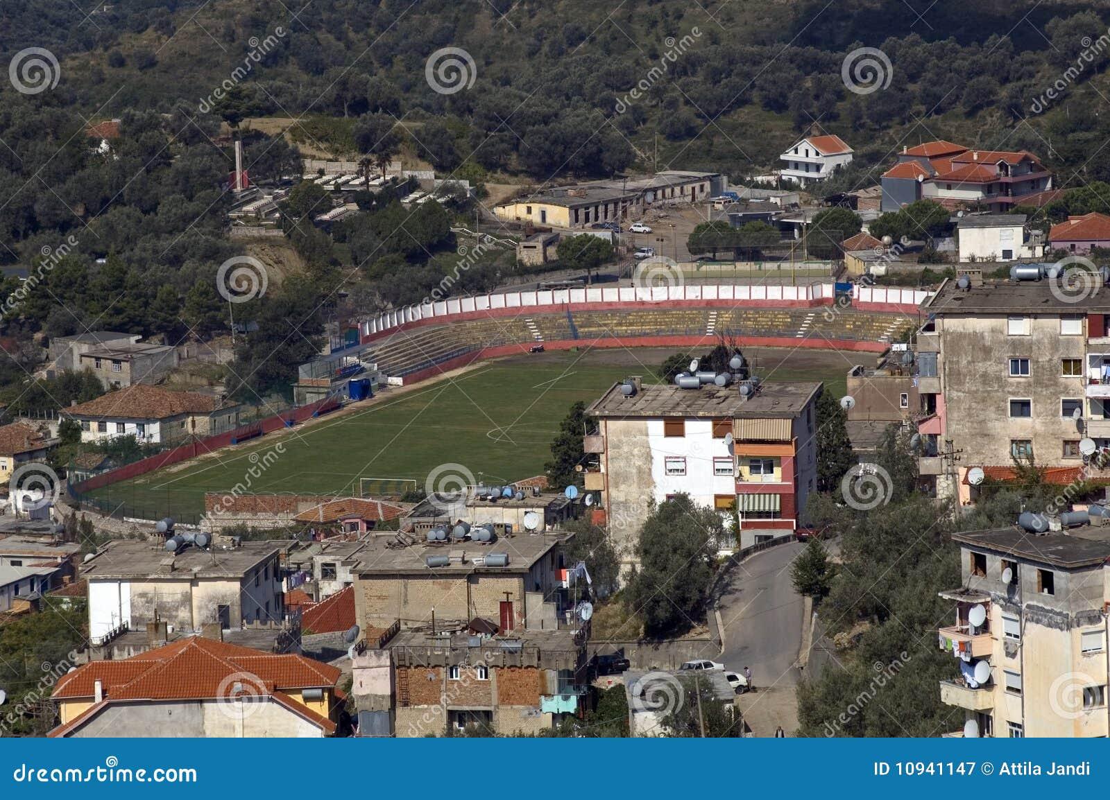 Kruja футбола поля Албании