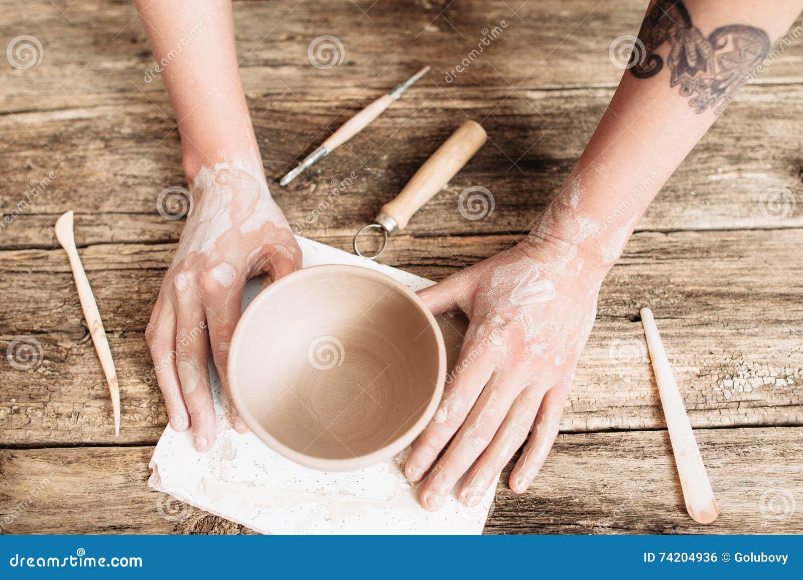 Krukmakeristöpning på träbästa sikt för tabell