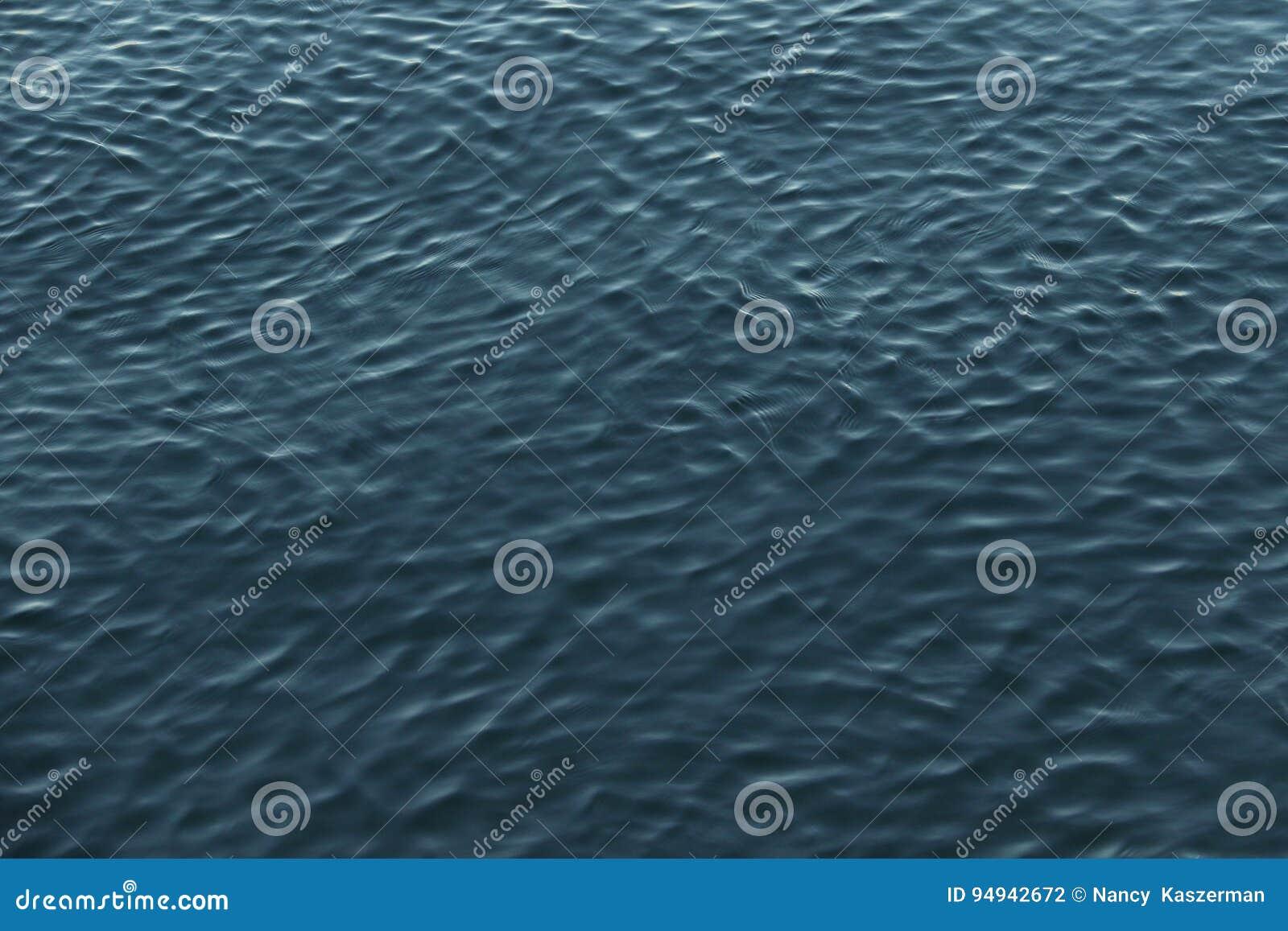 Krusningar i vatten