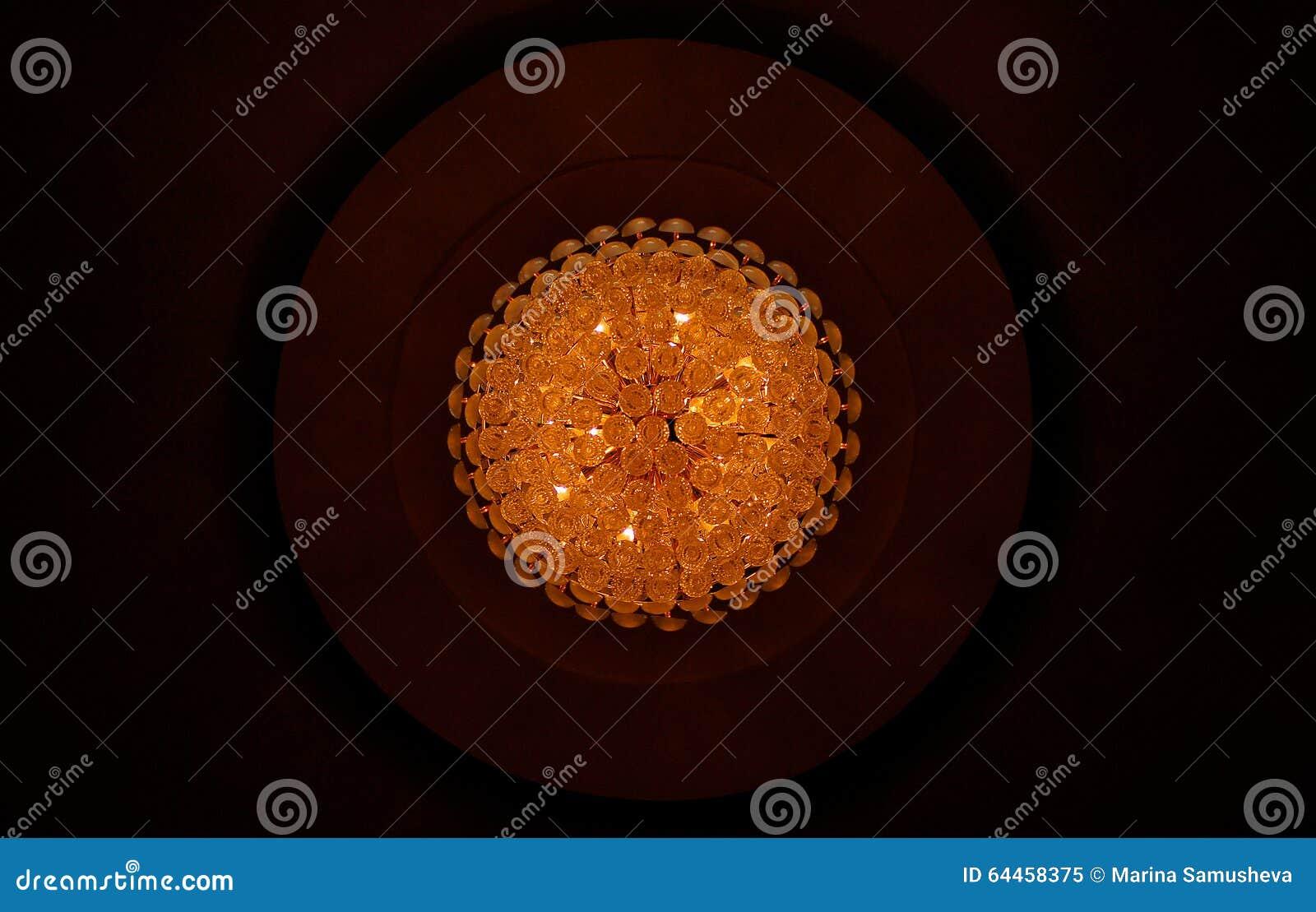 Krystaliczny świecznik