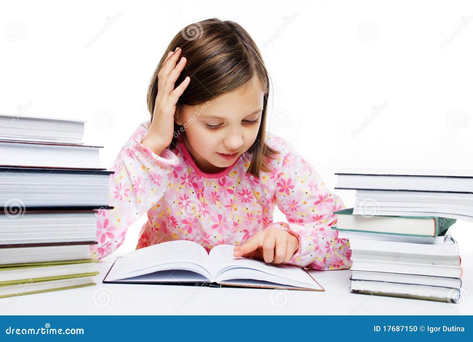 Książkowej dziewczyny czytelniczy potomstwa