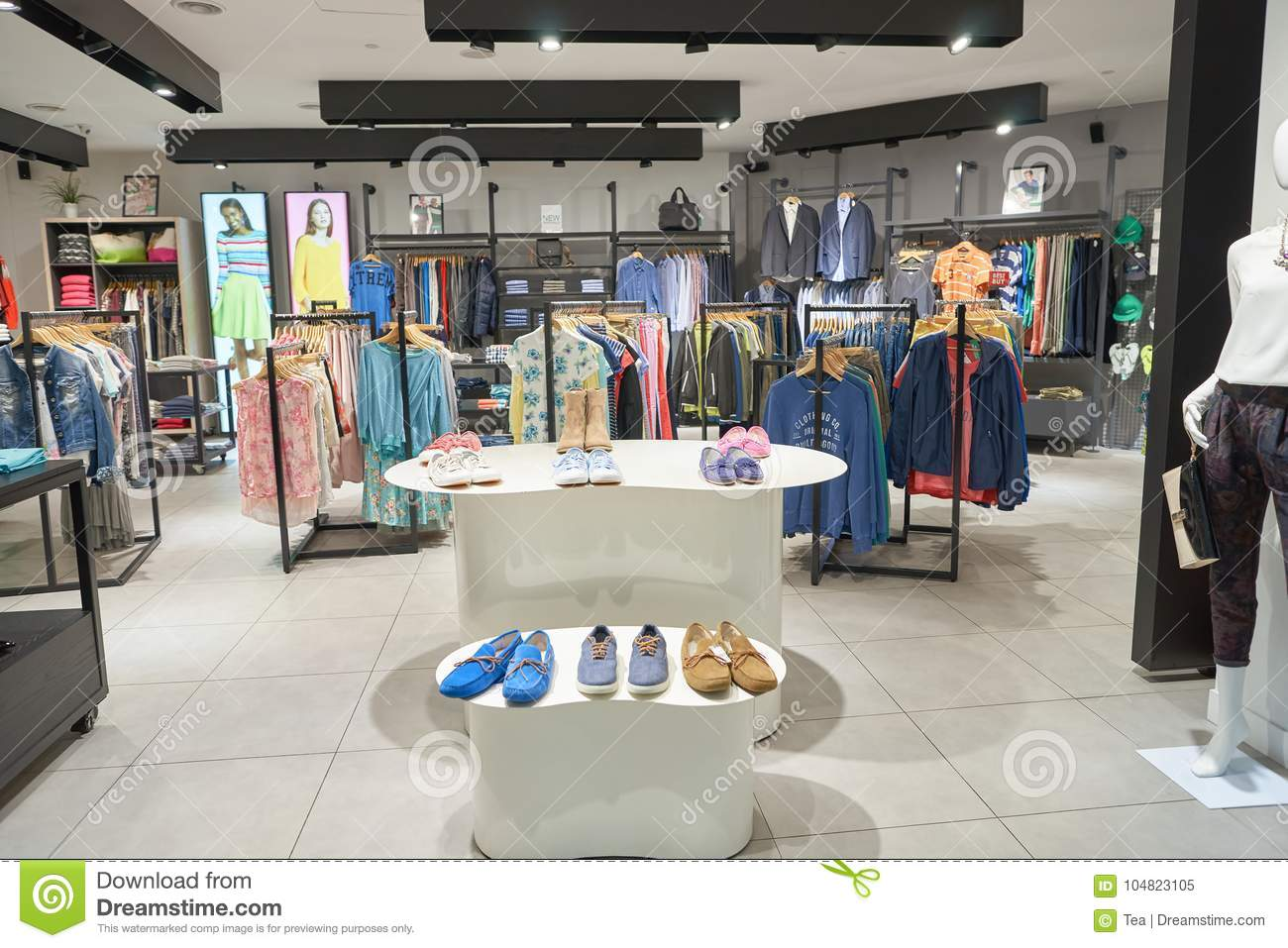 Suria KLCC editorial image. Image of inside, outlet - 104823105