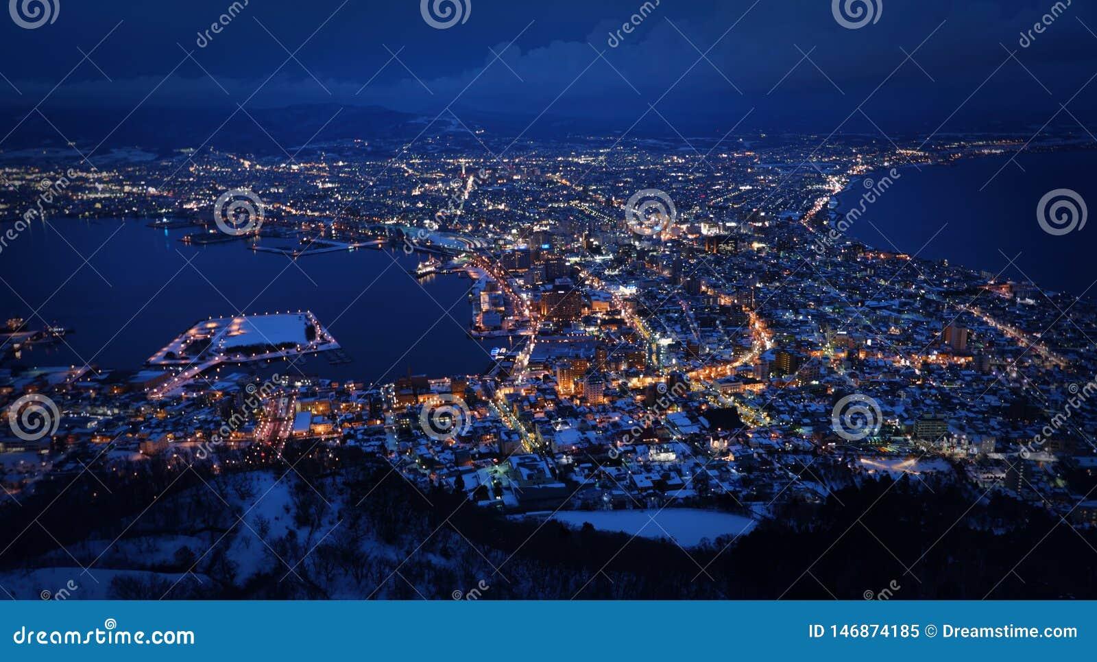 Kuan guan山一百万个夜视图